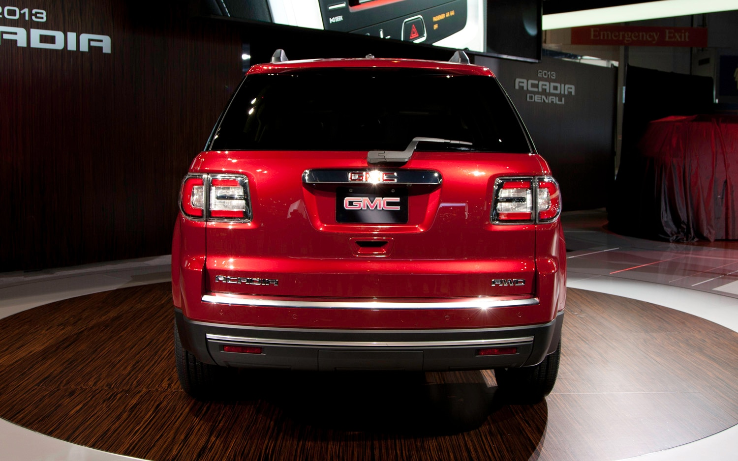 new gmc acadia 2014 towing autos weblog. Black Bedroom Furniture Sets. Home Design Ideas