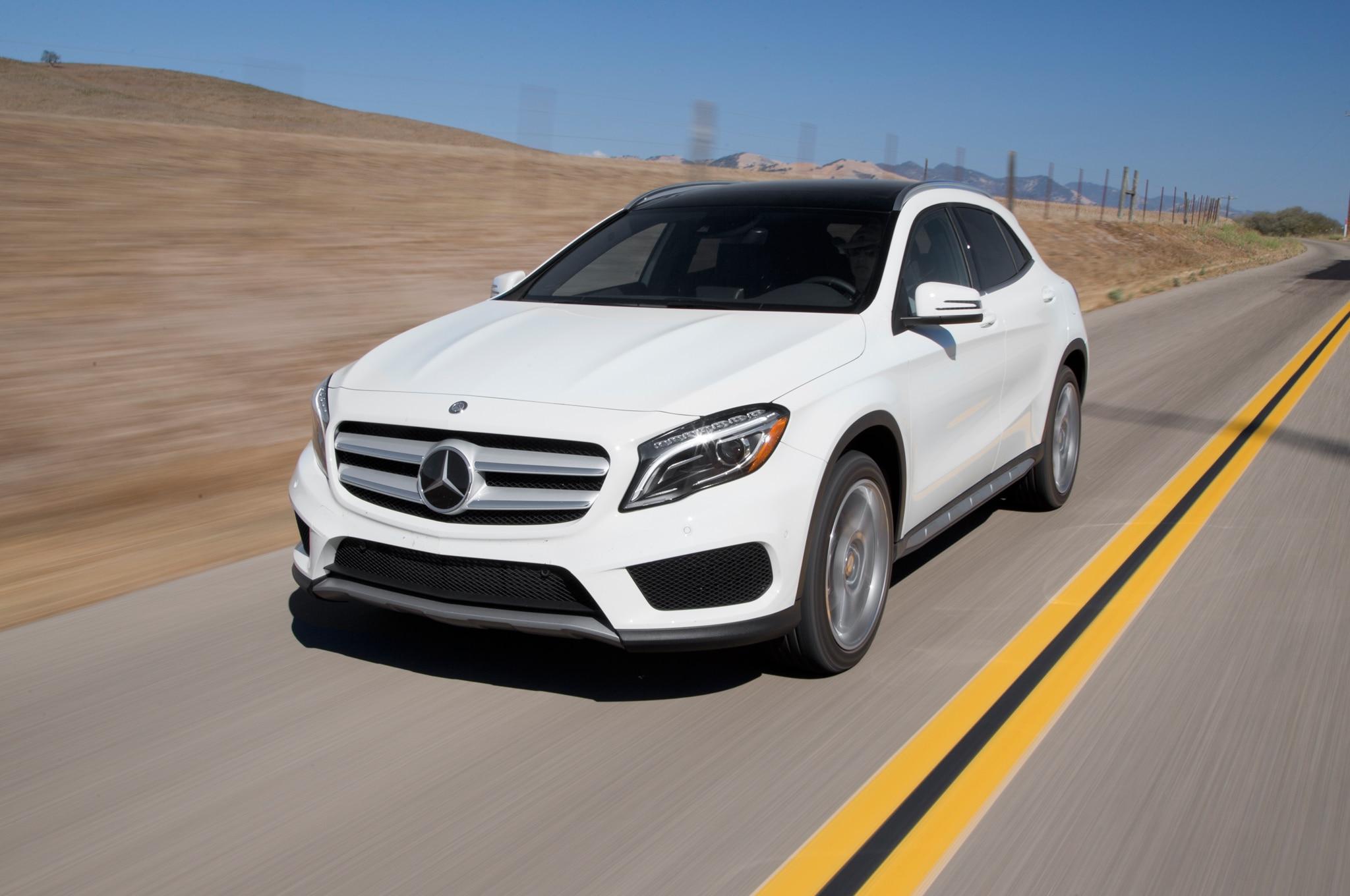 Mercedes benz gla250 4matic gla45 amg 2015 primera prueba for Mercedes benz greenway staff