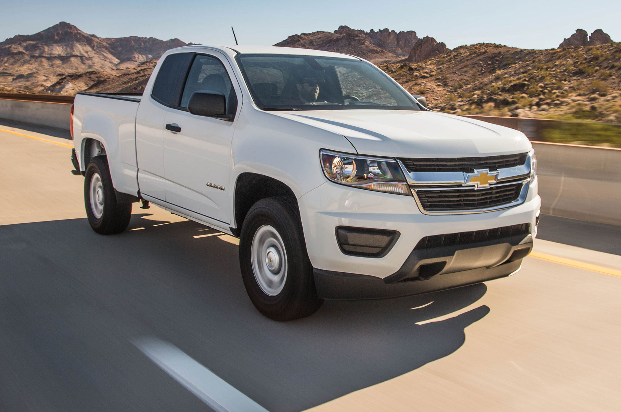 chevrolet colorado wt 2 5 2015 primera prueba. Black Bedroom Furniture Sets. Home Design Ideas