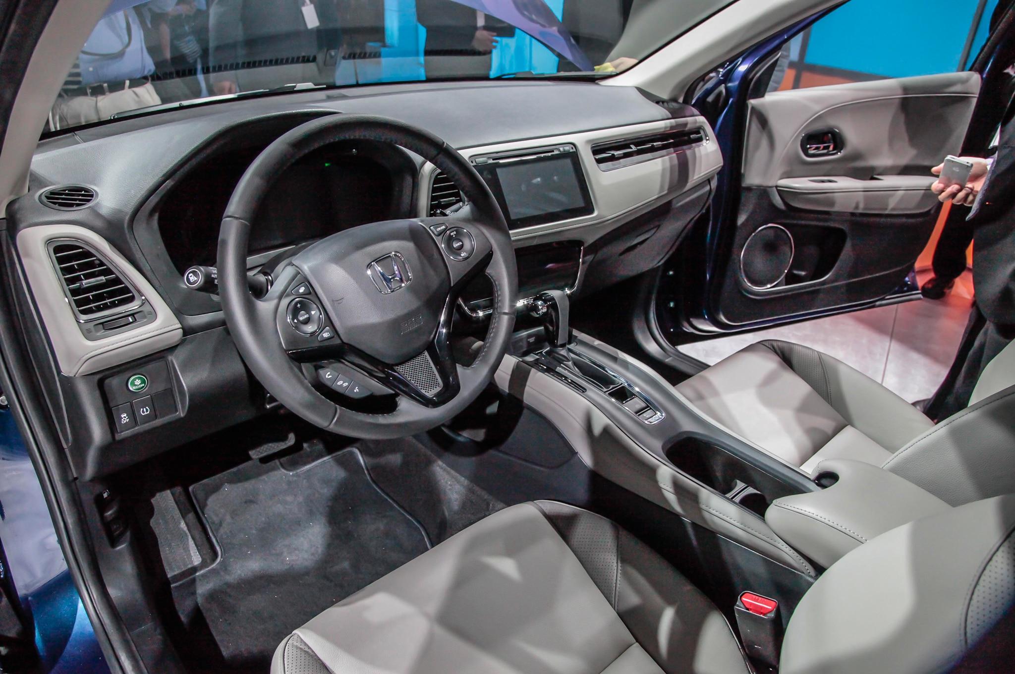 Honda vezel 2015 primer manejo for Honda hr v interieur
