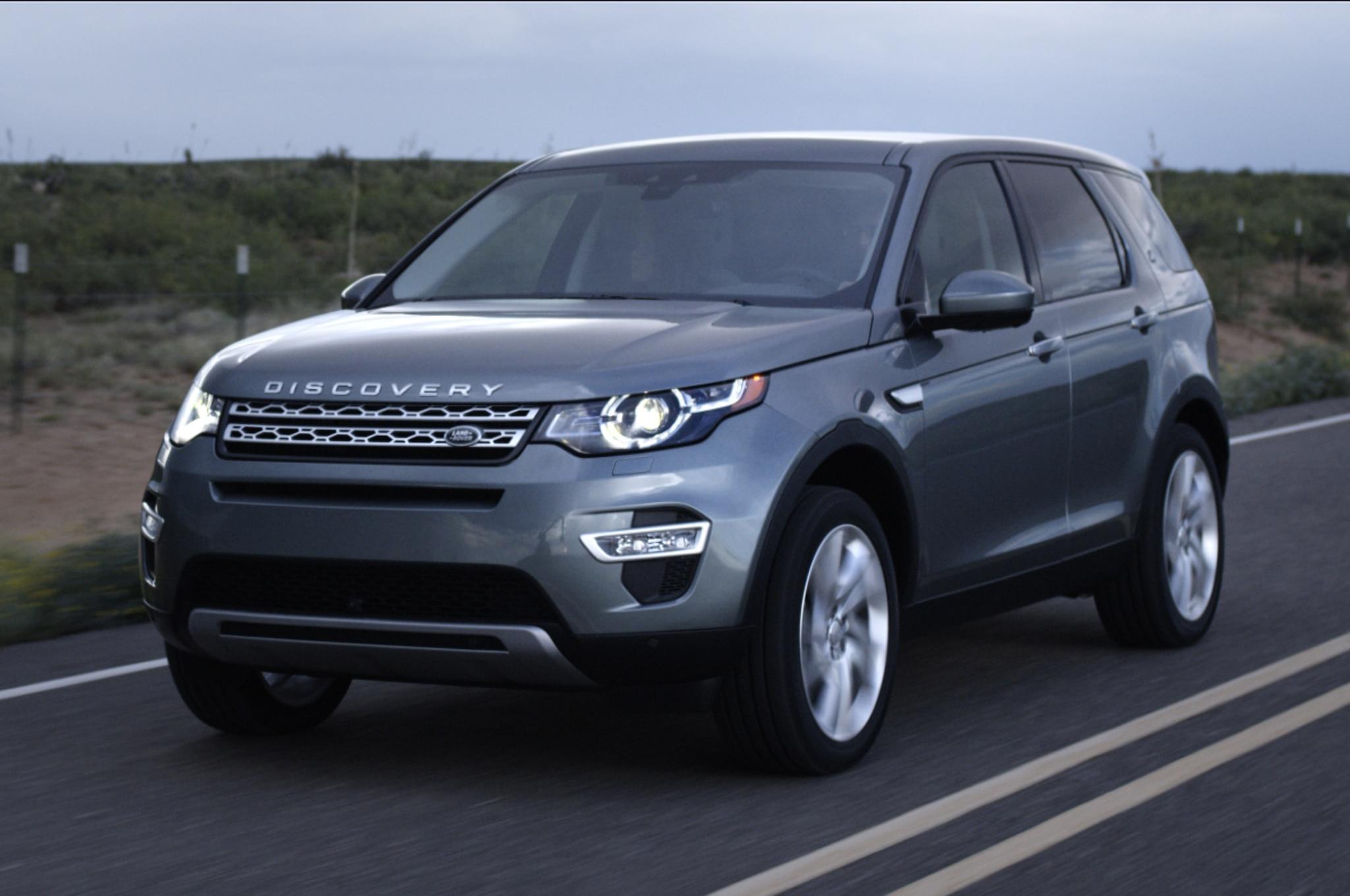 land rover discovery sport 2015 disponible desde 37 995 d lares. Black Bedroom Furniture Sets. Home Design Ideas