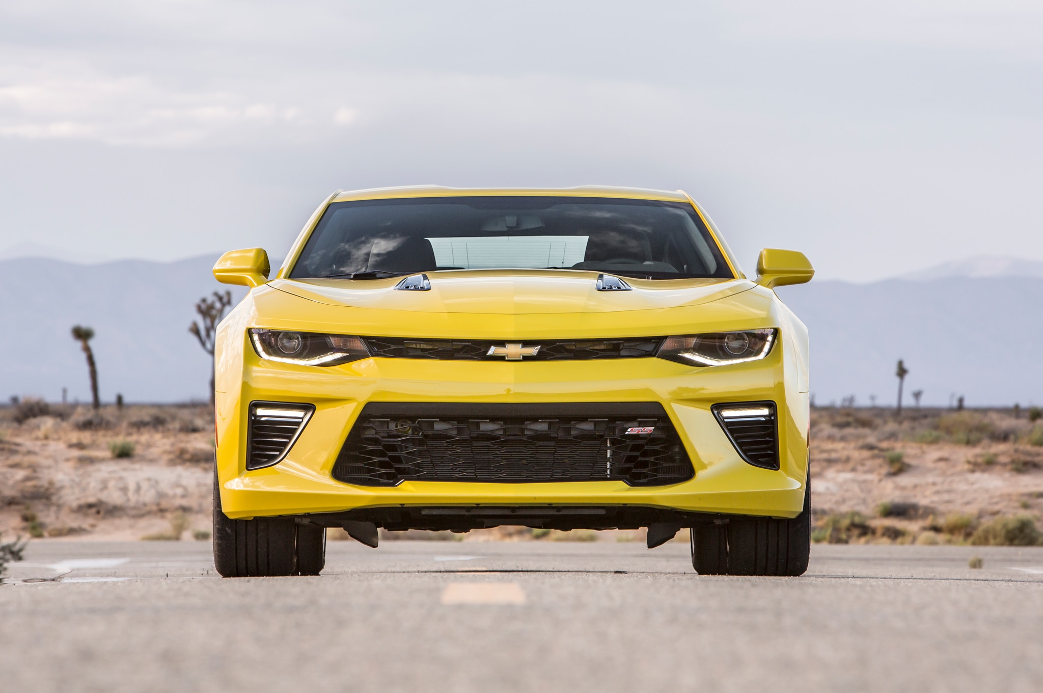 chevrolet camaro ss 2016 obtiene 28 mpg en carretera. Black Bedroom Furniture Sets. Home Design Ideas