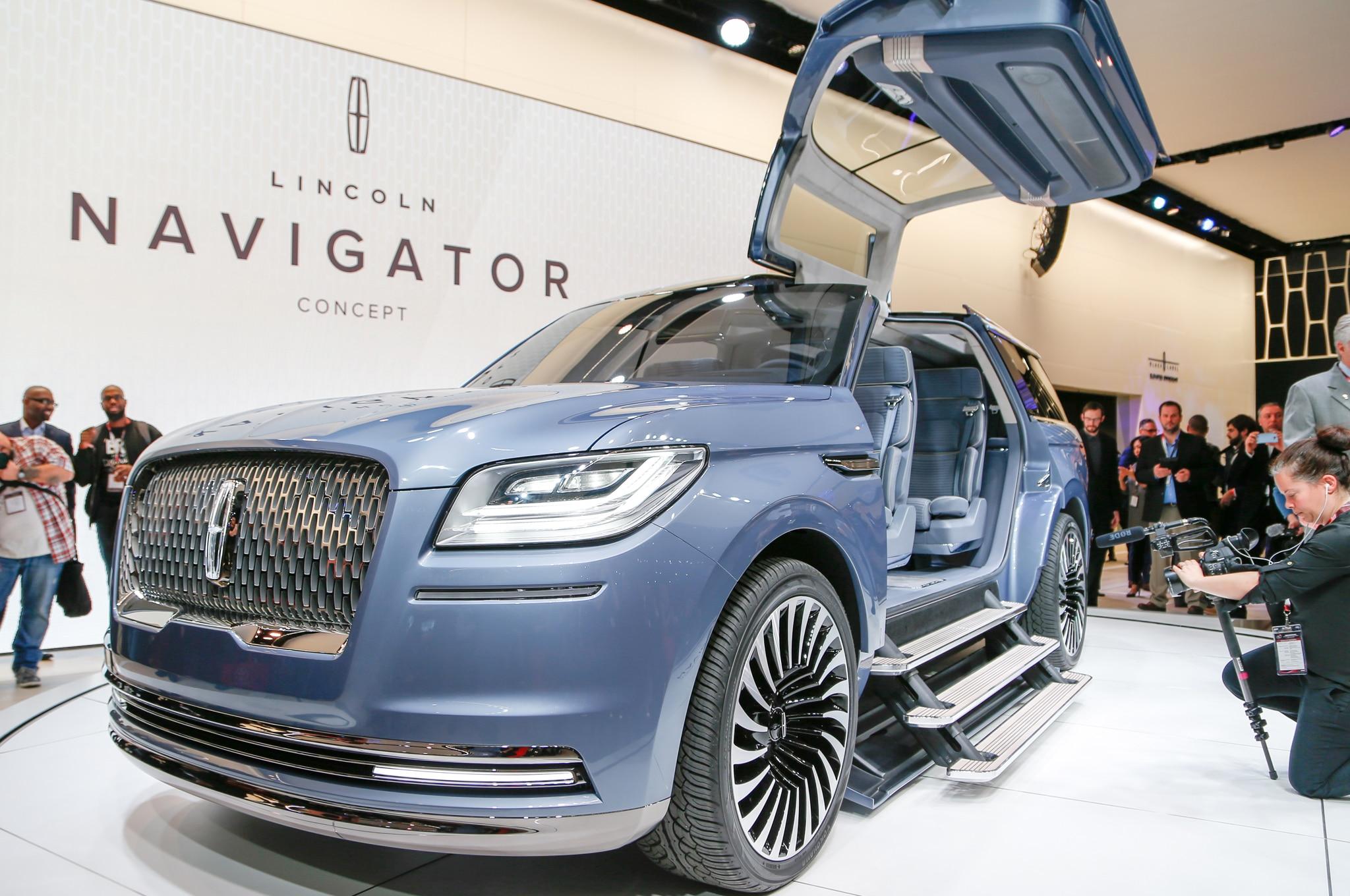 Lincoln Navigator Concept Llega Con Puertas De Ala De Gaviota