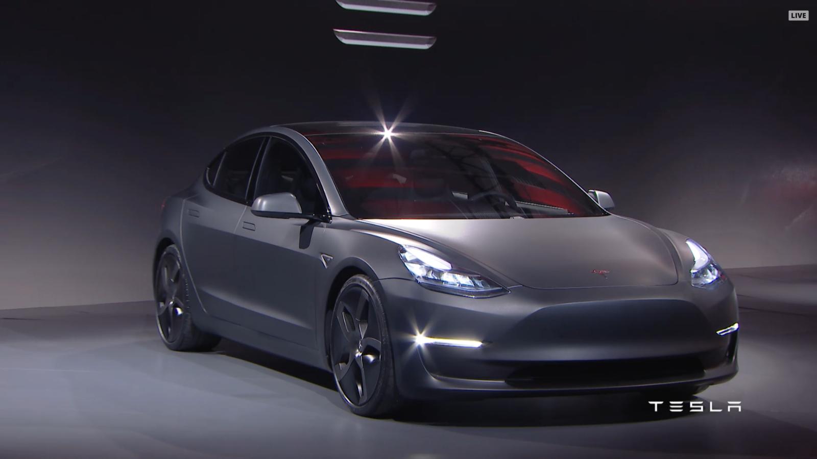 Tesla Model 3 Es Presentado