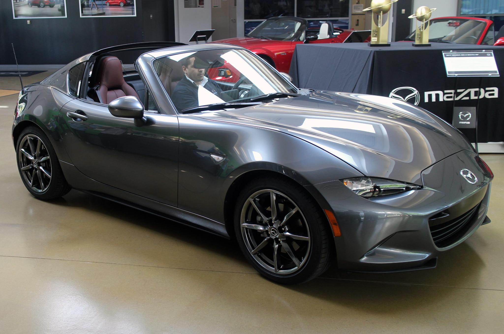 Cinco Cosas Cool Sobre El Mazda Mx 5 Rf 2017