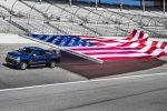 2017 Chevrolet SilveradoHD GUINNESS WORLD RECORDS FlagPull 01 150x100