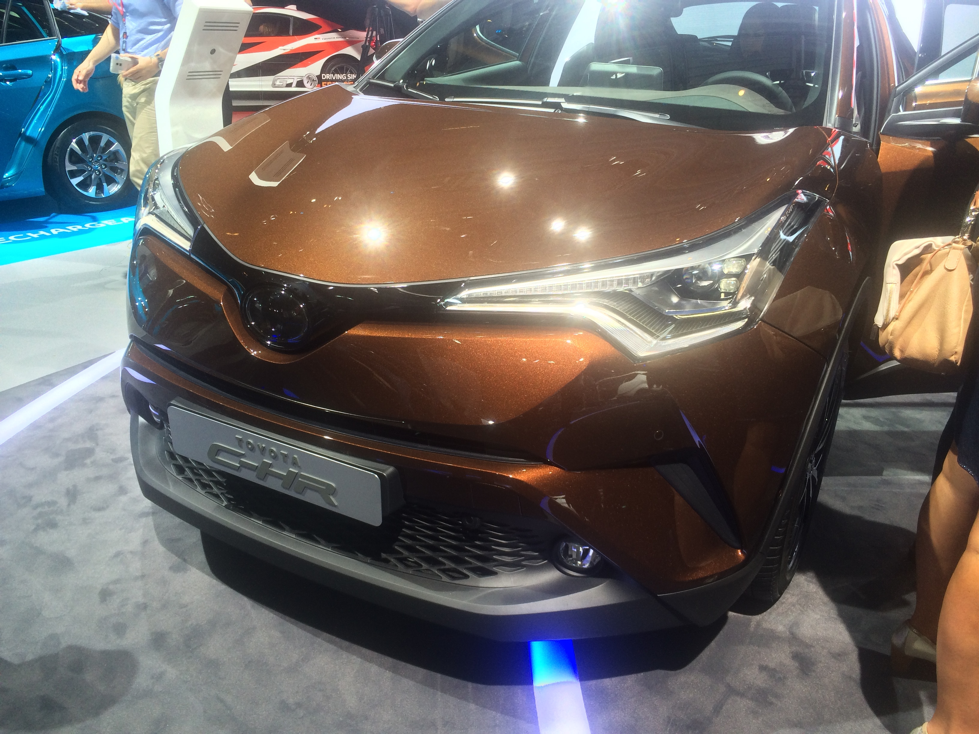 Toyota CH R front end