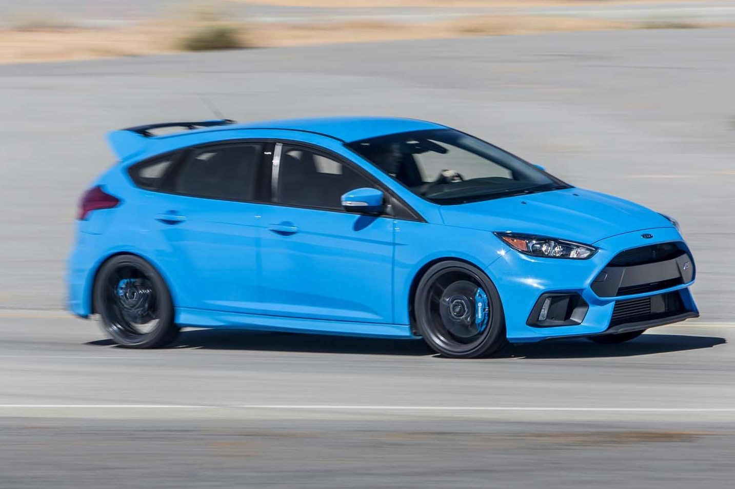 2016 Ford Focus RS Front Side In Motion E1479832436860