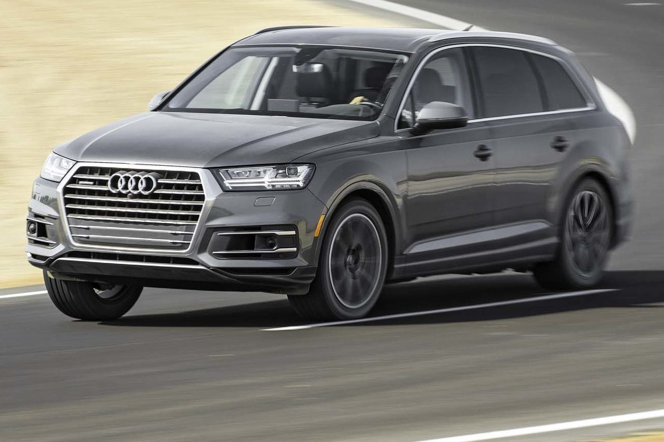 2017 Audi Q7 30T Quattro Front Three Quarter In Motion 03 E1478276543814