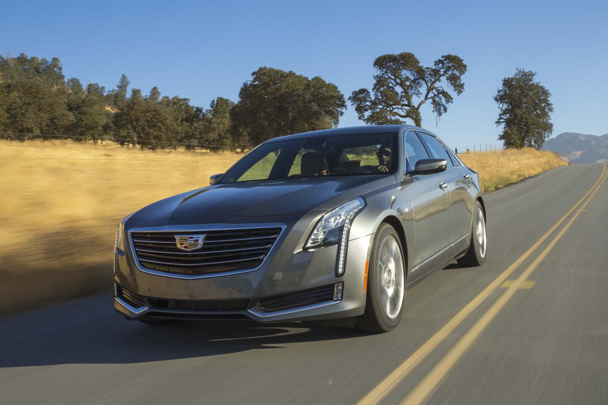 2017 Cadillac CT6 20T front three quarter in motion 03