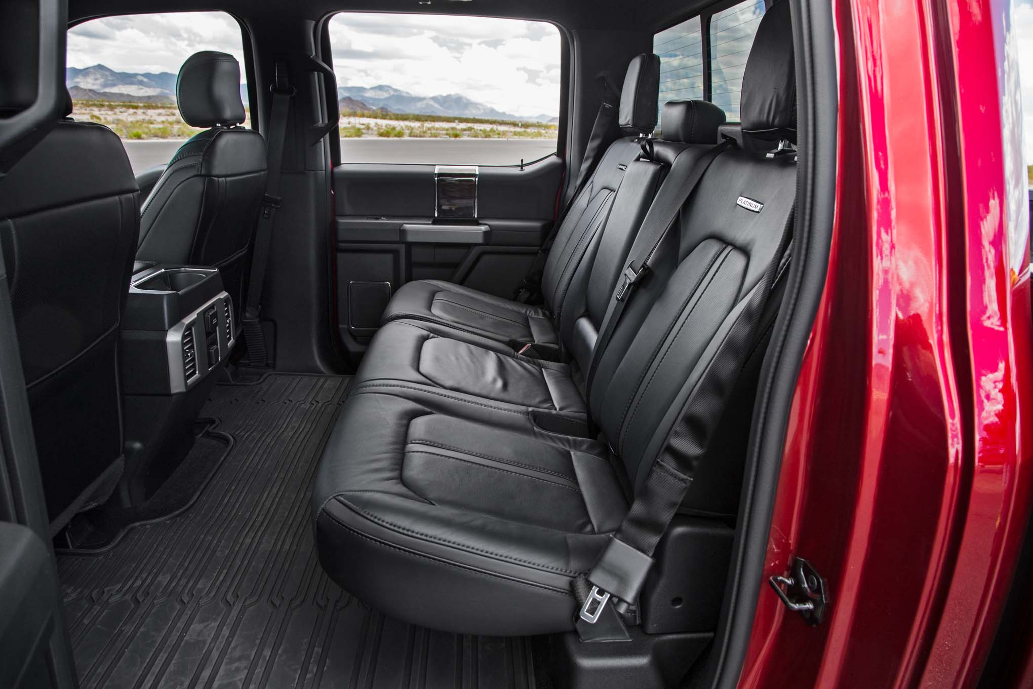 2017 Ford F 150 Platinum 4x4 Ecoboost Rear Interior Seats