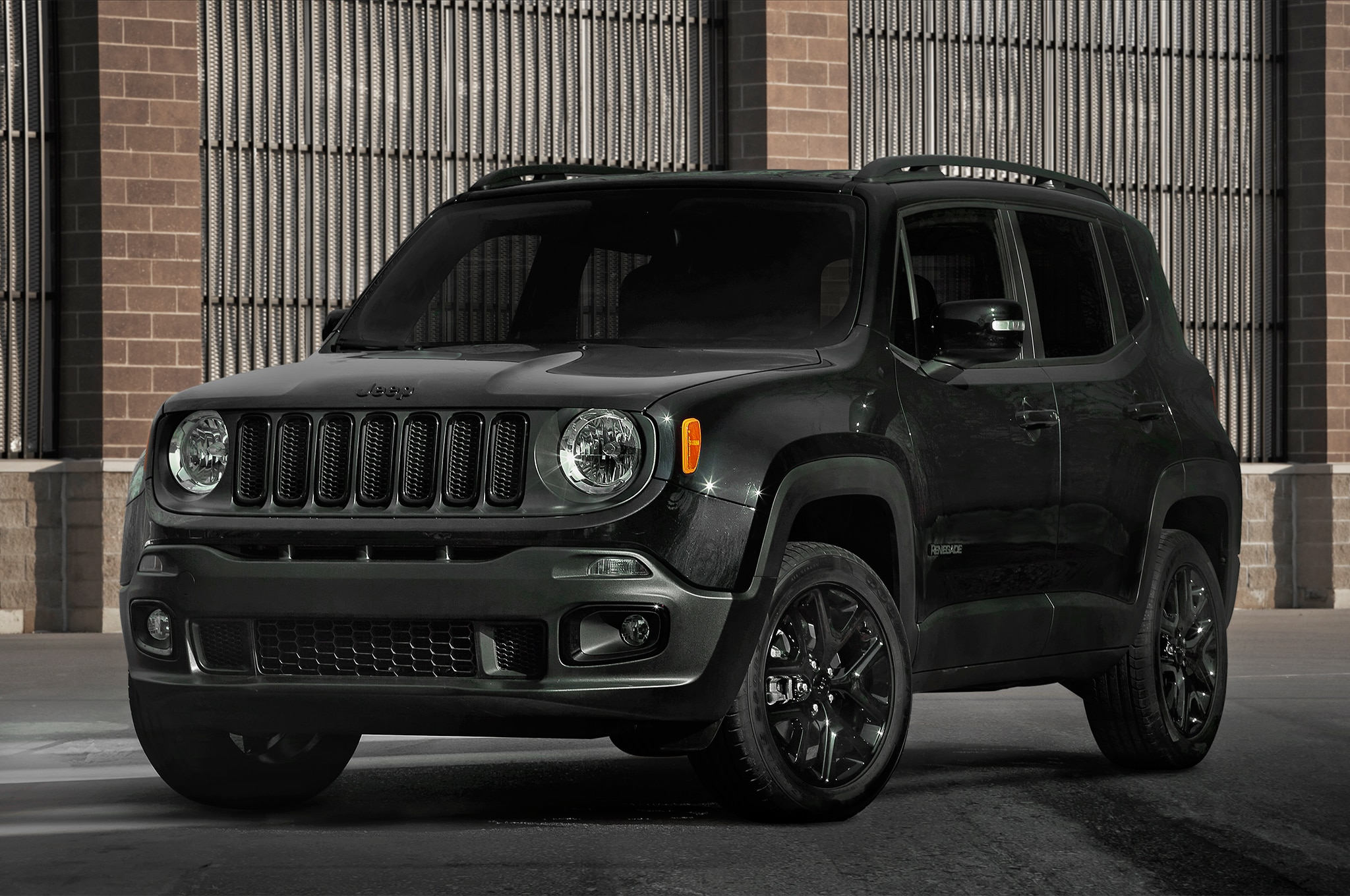 jeep presentar dos nuevos modelos del renegade 2017 motor trend en espa ol. Black Bedroom Furniture Sets. Home Design Ideas