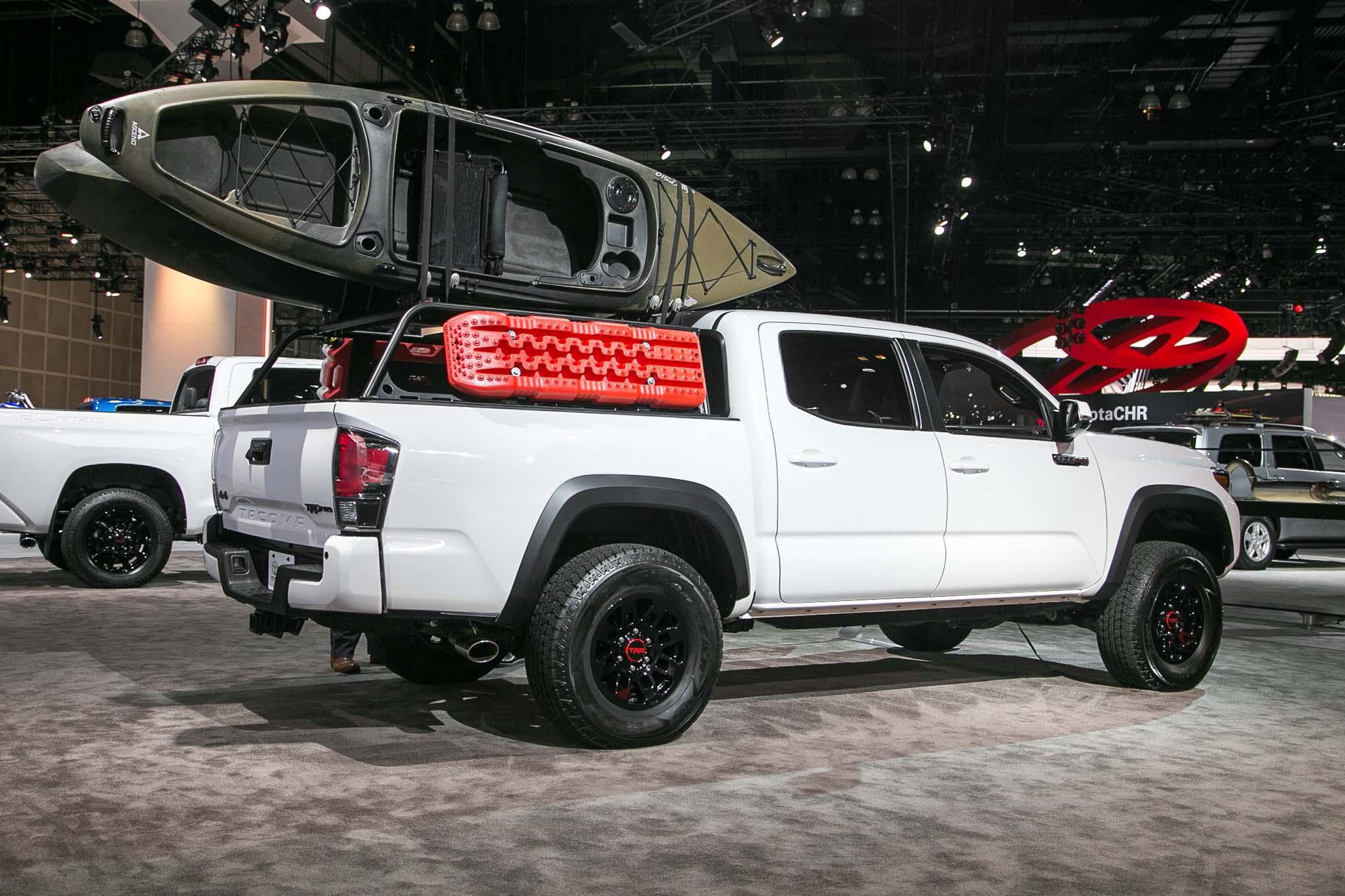 2017 Toyota Tacoma TRD Pro rear three quarter