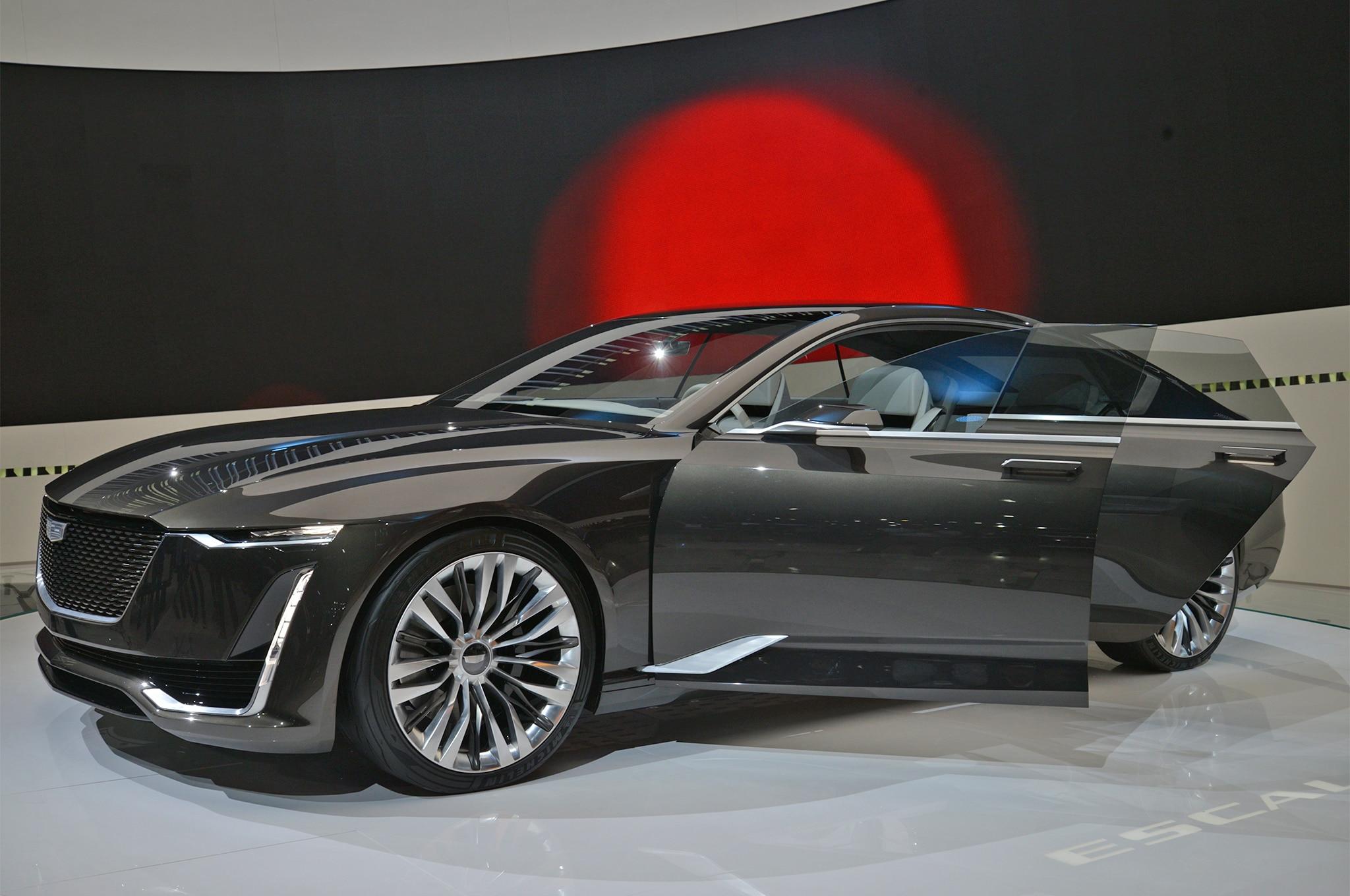 Cadillac Escala Concept Front Three Quarter 02