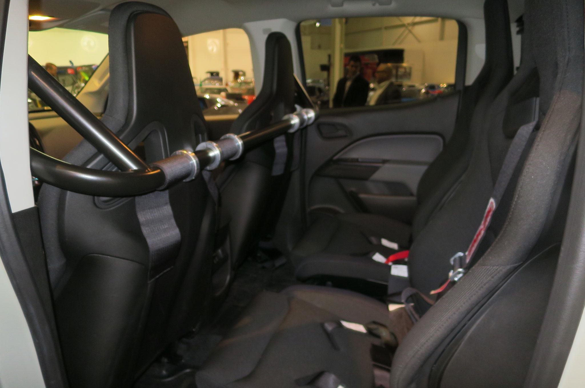 Chevrolet Colorado ZH2 se presenta en SEMA - Motor Trend ...