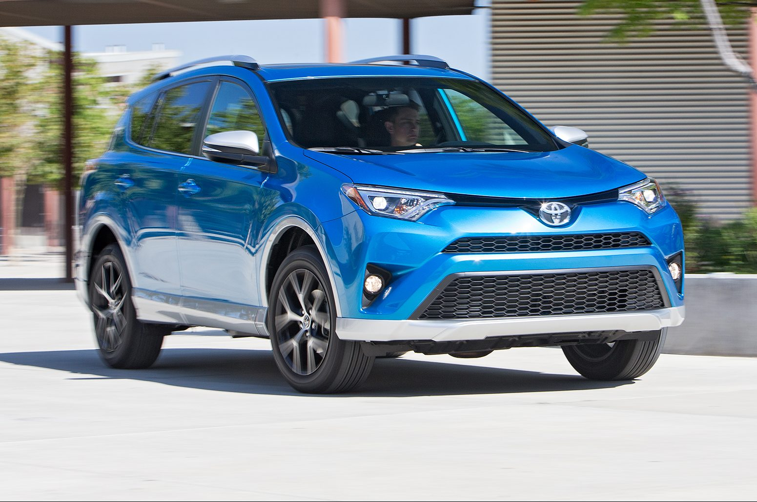 2016 Toyota Rav4 SE AWD front three quarter in motion