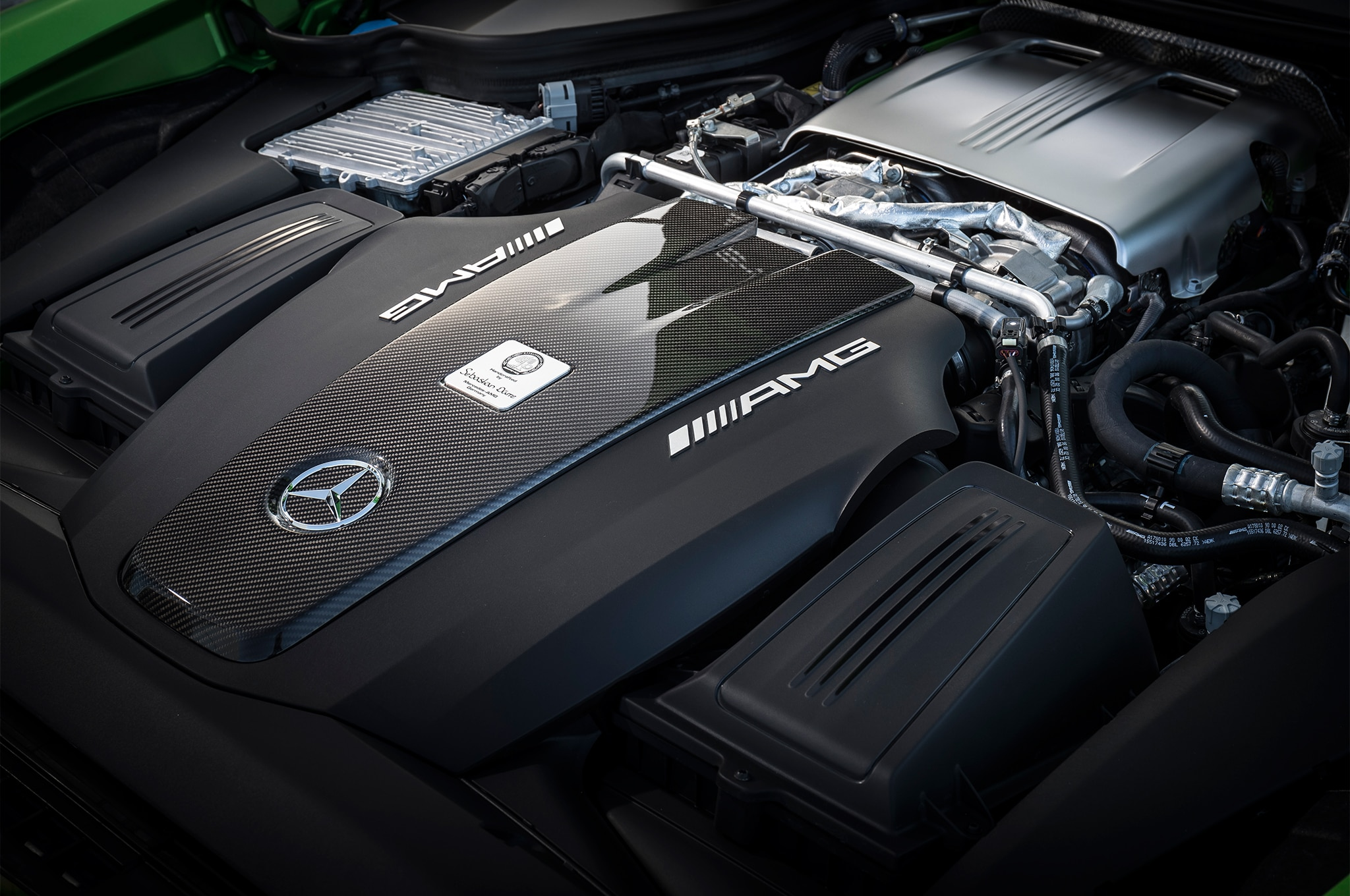 2018 Mercedes AMG GT R engine 1