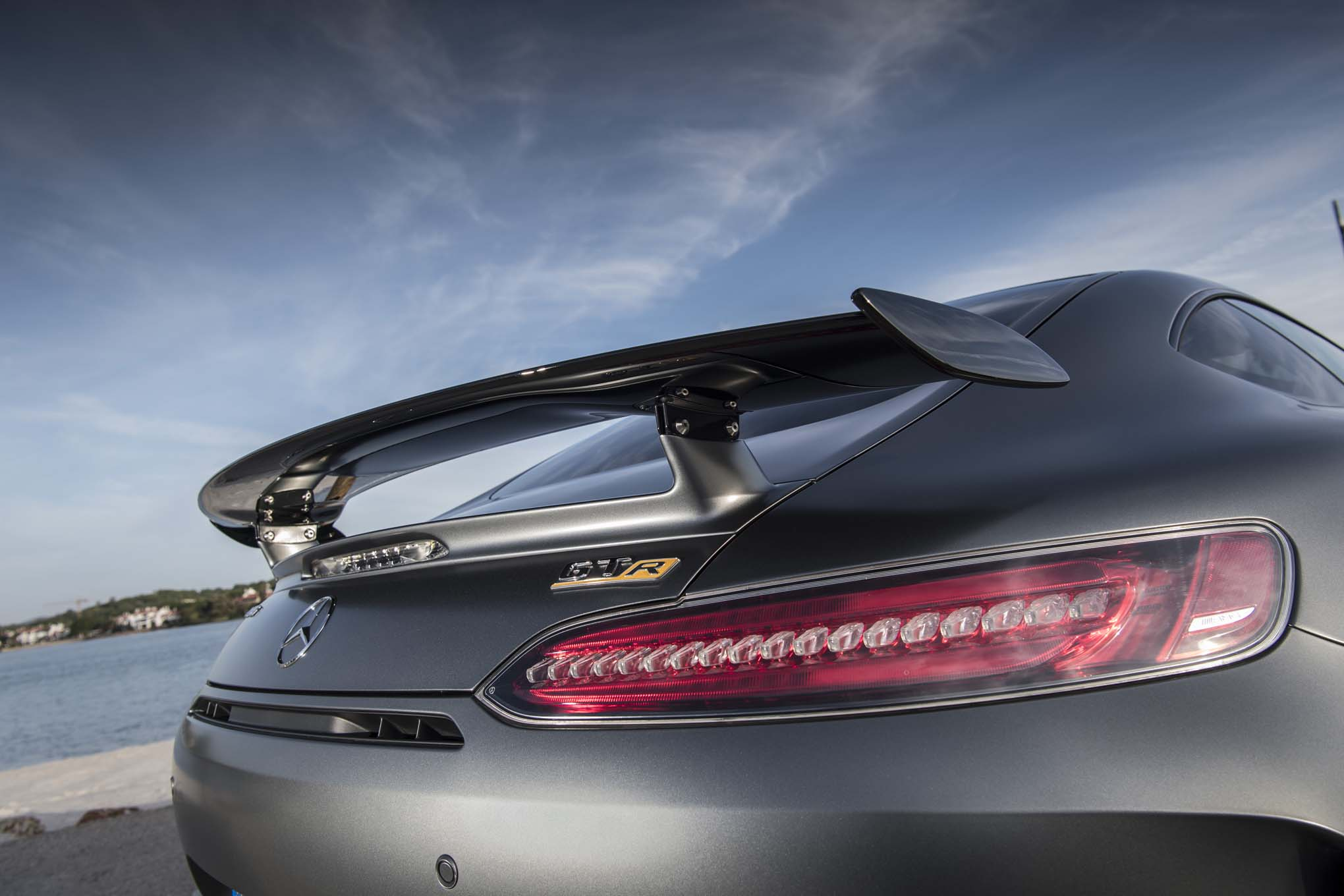 2018 Mercedes AMG GT R rear wing