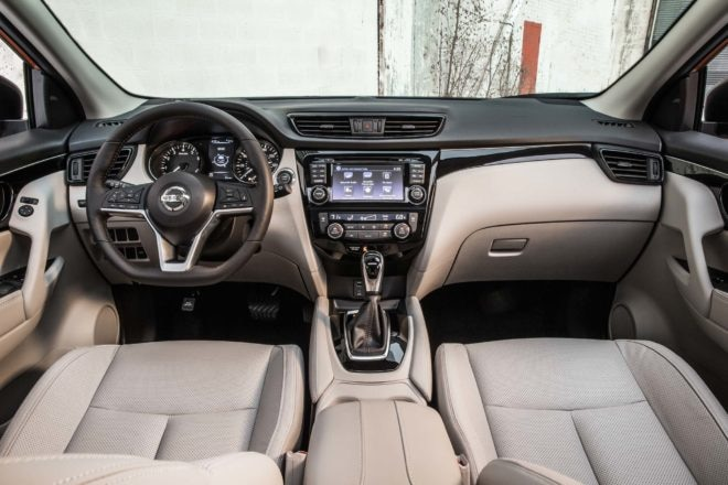 2017 Nissan Rogue Sport interior view