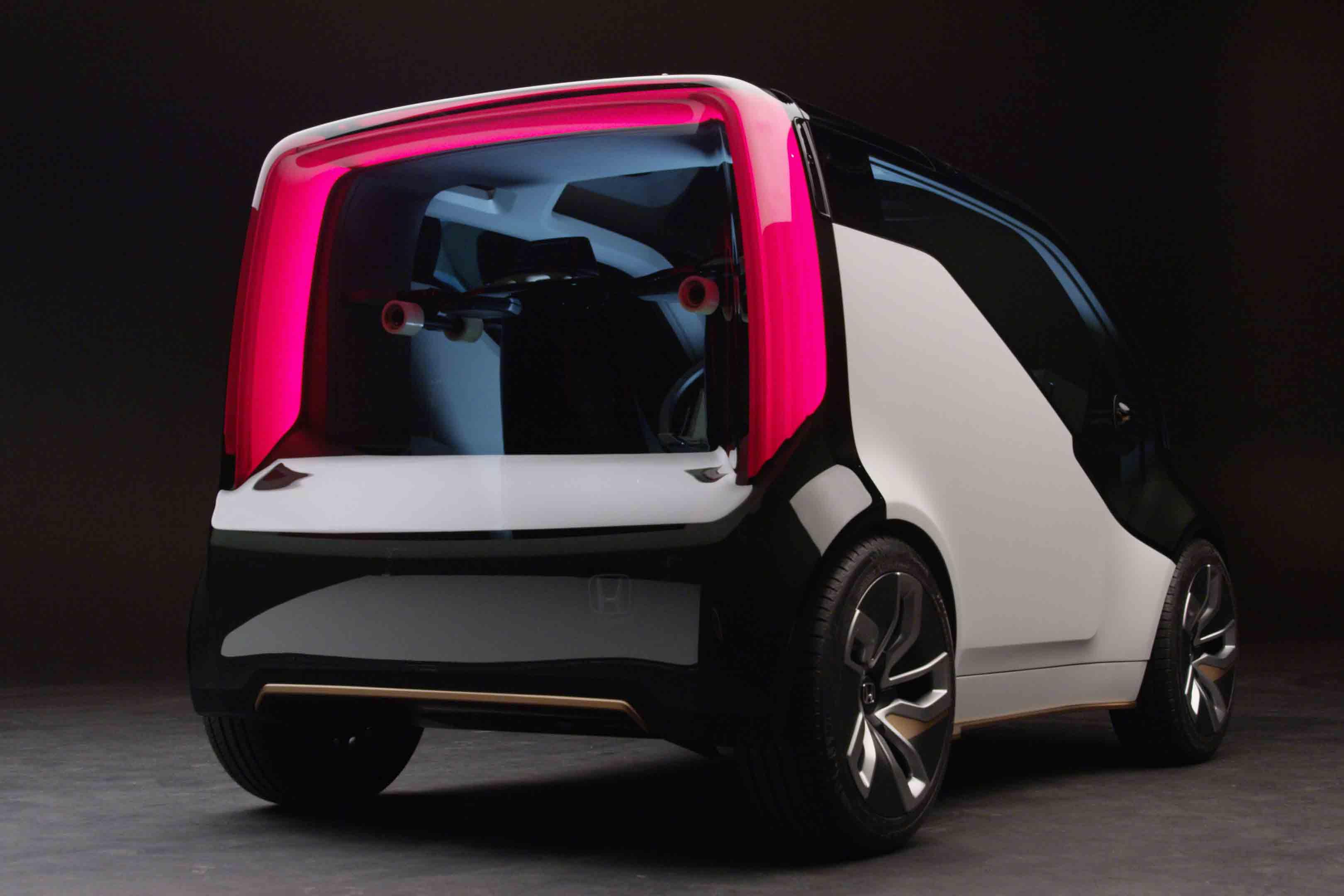 Honda NeuV Concept Rear Three Quarter