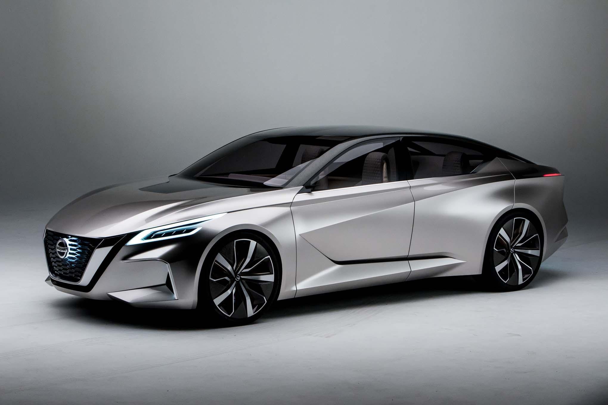 Nissan V Motion 20 Sedan Concept Front Side