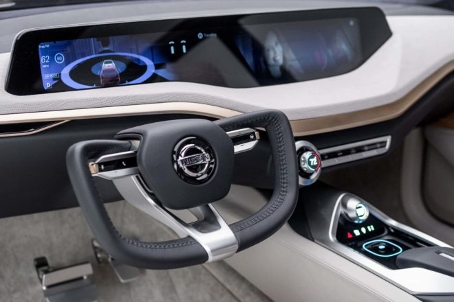 Nissan V Motion 20 Sedan Concept steering wheel