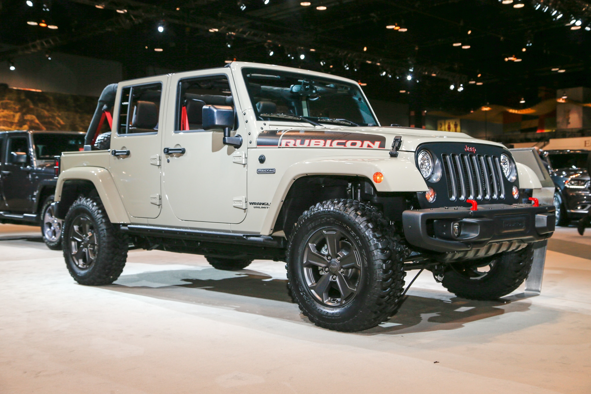 2017 Jeep Wrangler Rubicon Recon Front Three Quarters 1