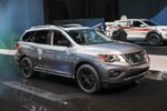 2017 Nissan Pathfinder Platinum Midnight Edition Front Three Quarter 2 1 150x100