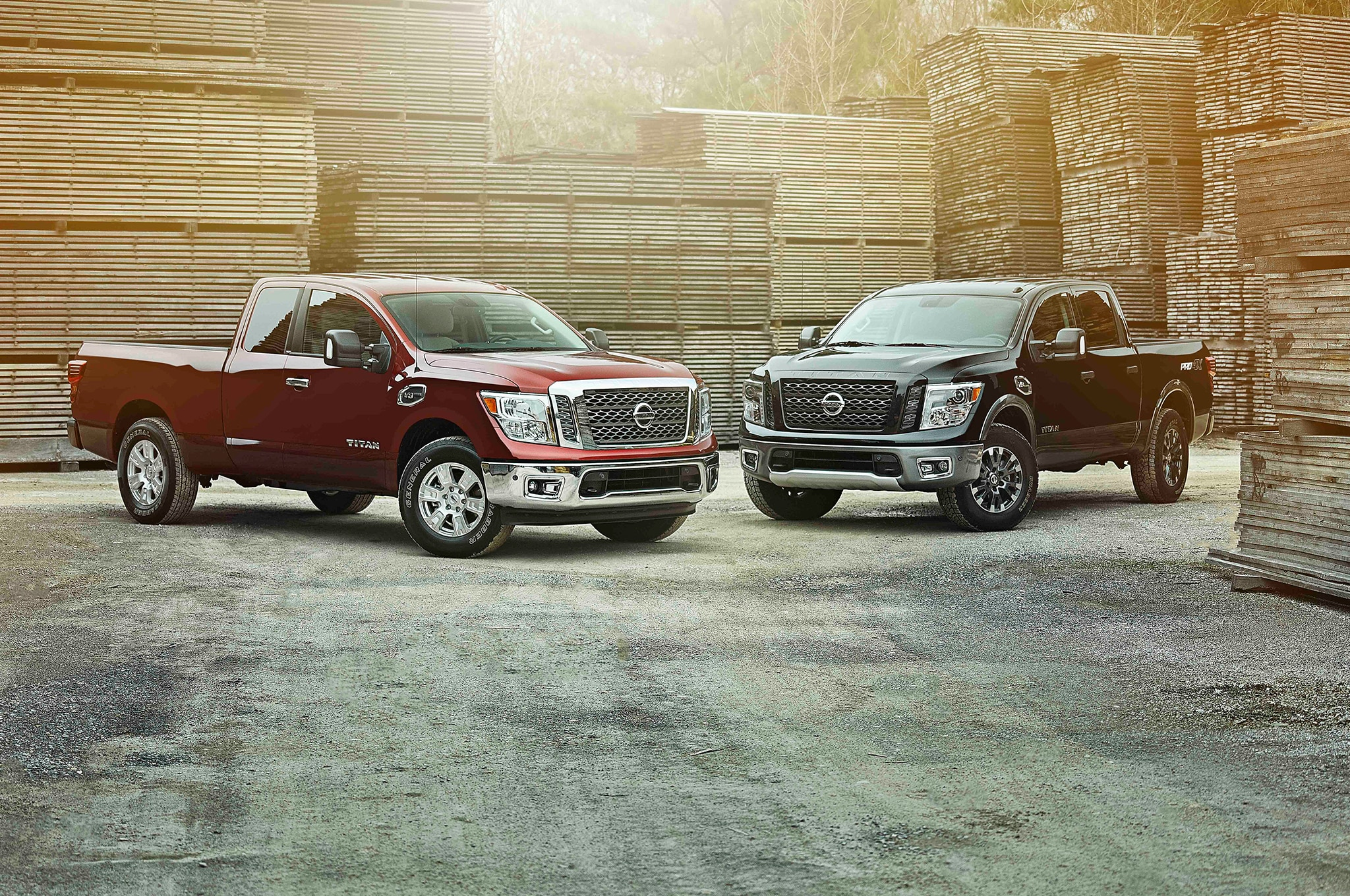 2017 Nissan Titan King Cab group 01