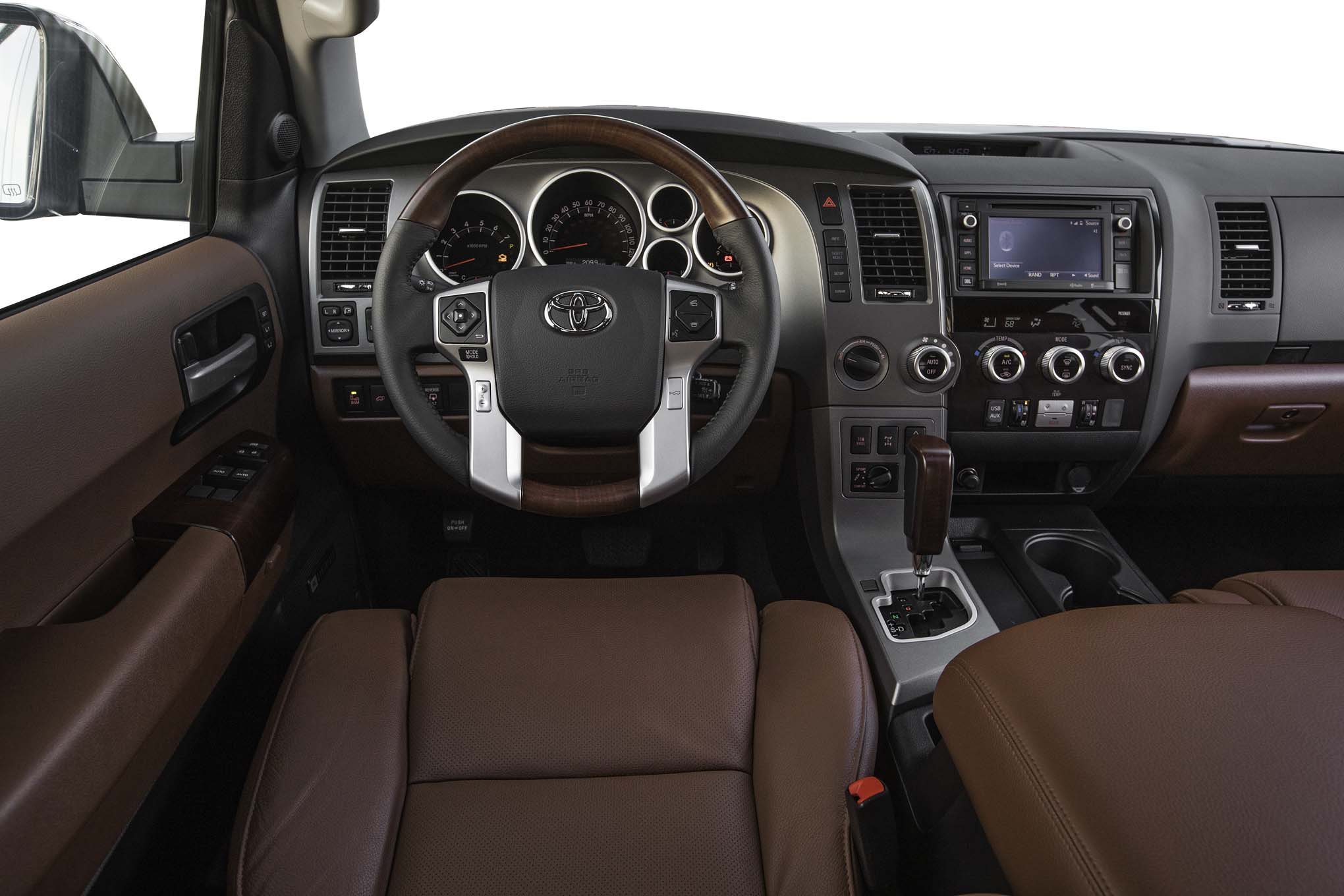 toyota sequoia 4x4 platinum 2017 primera prueba motor trend en espa ol. Black Bedroom Furniture Sets. Home Design Ideas