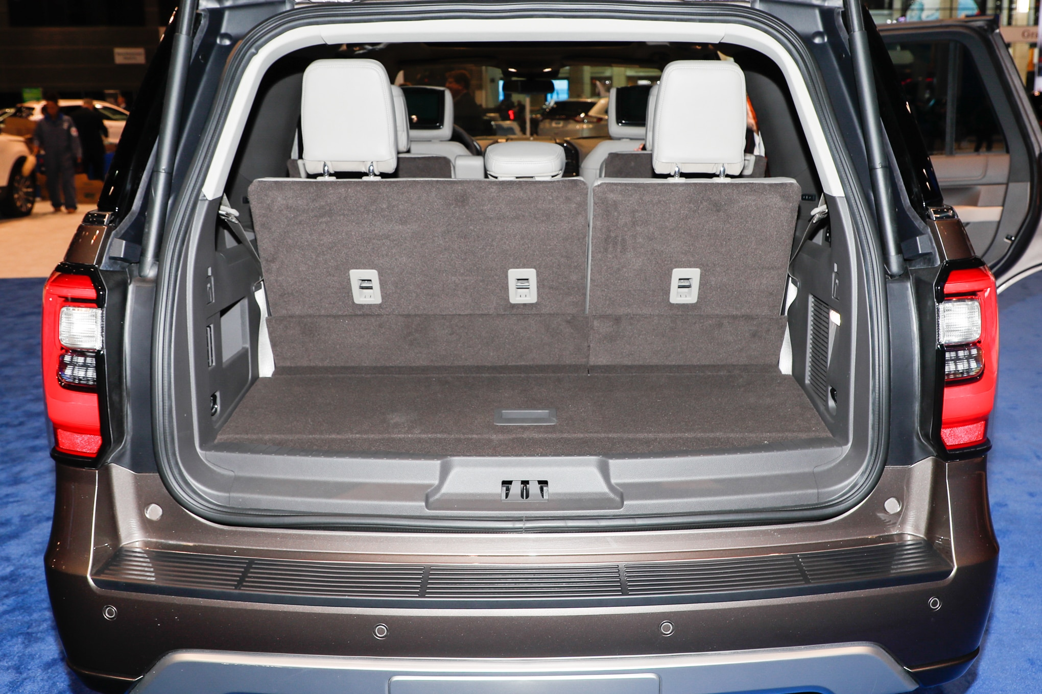 2018 Ford Expedition Limited Rear Cargo Motor Trend En