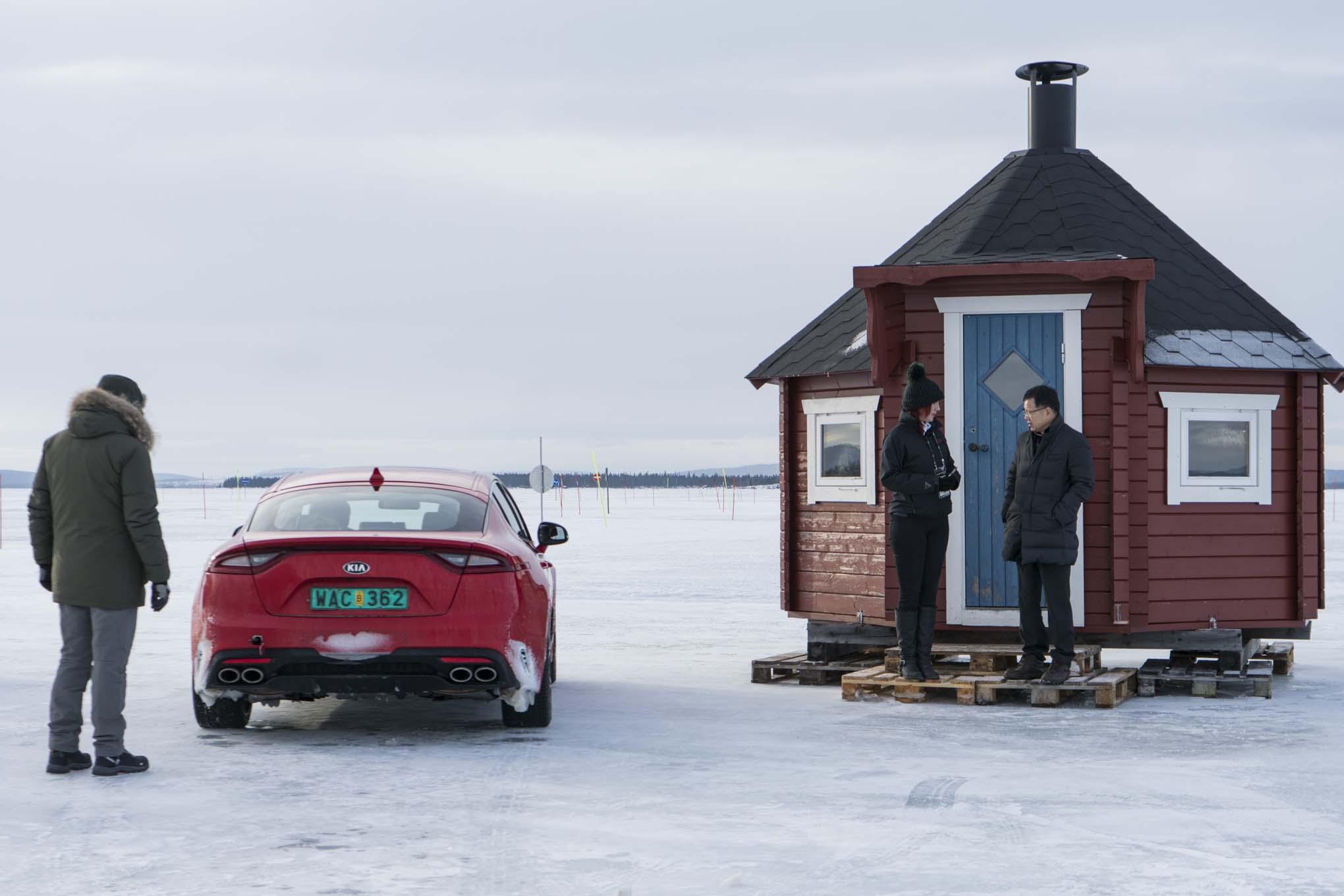 2018 Kia Stinger winter drive