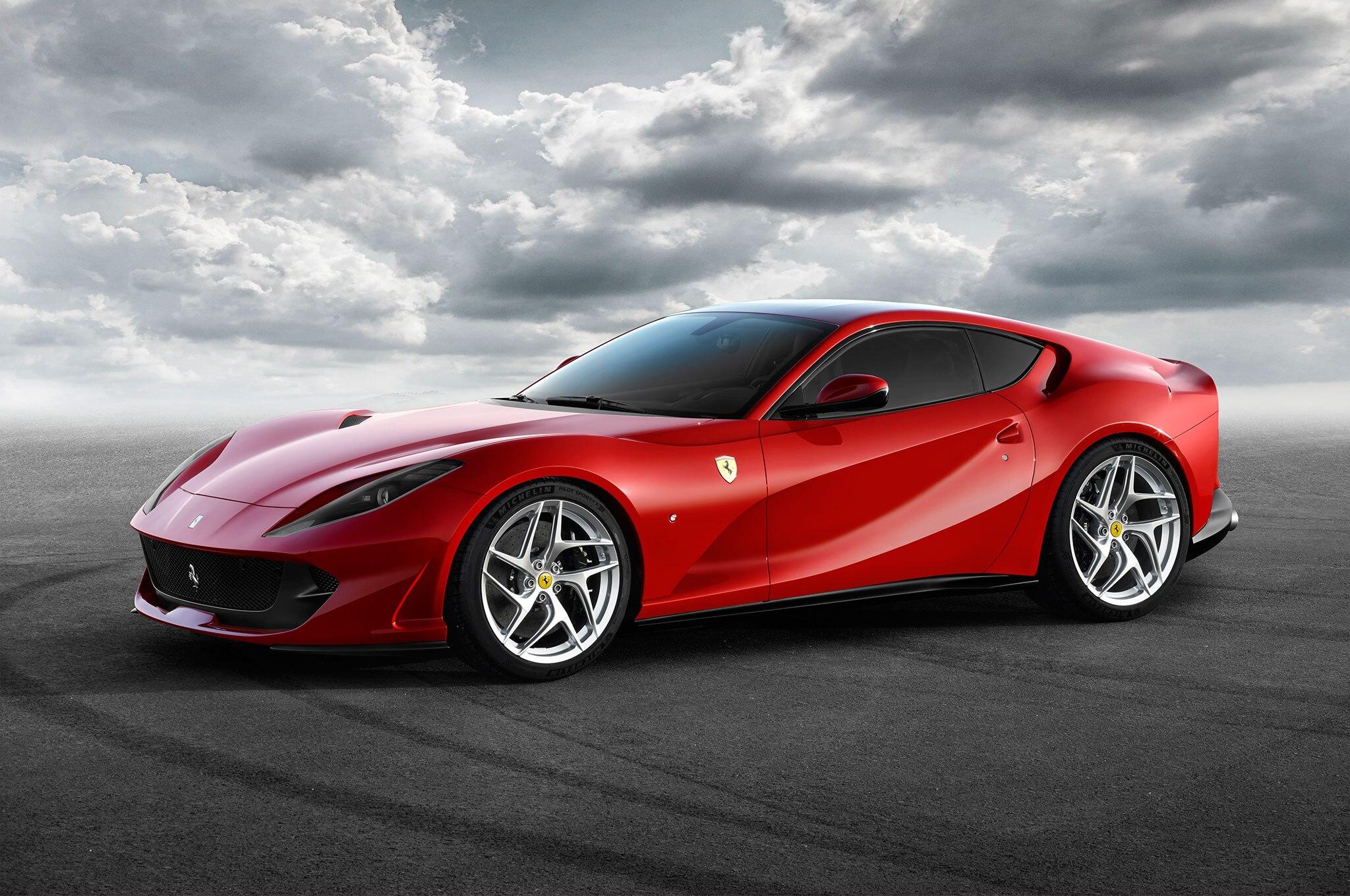 Ferrari 812 Superfast 06