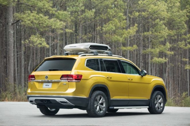 Volkswagen Atlas Weekend concept rear three quarter