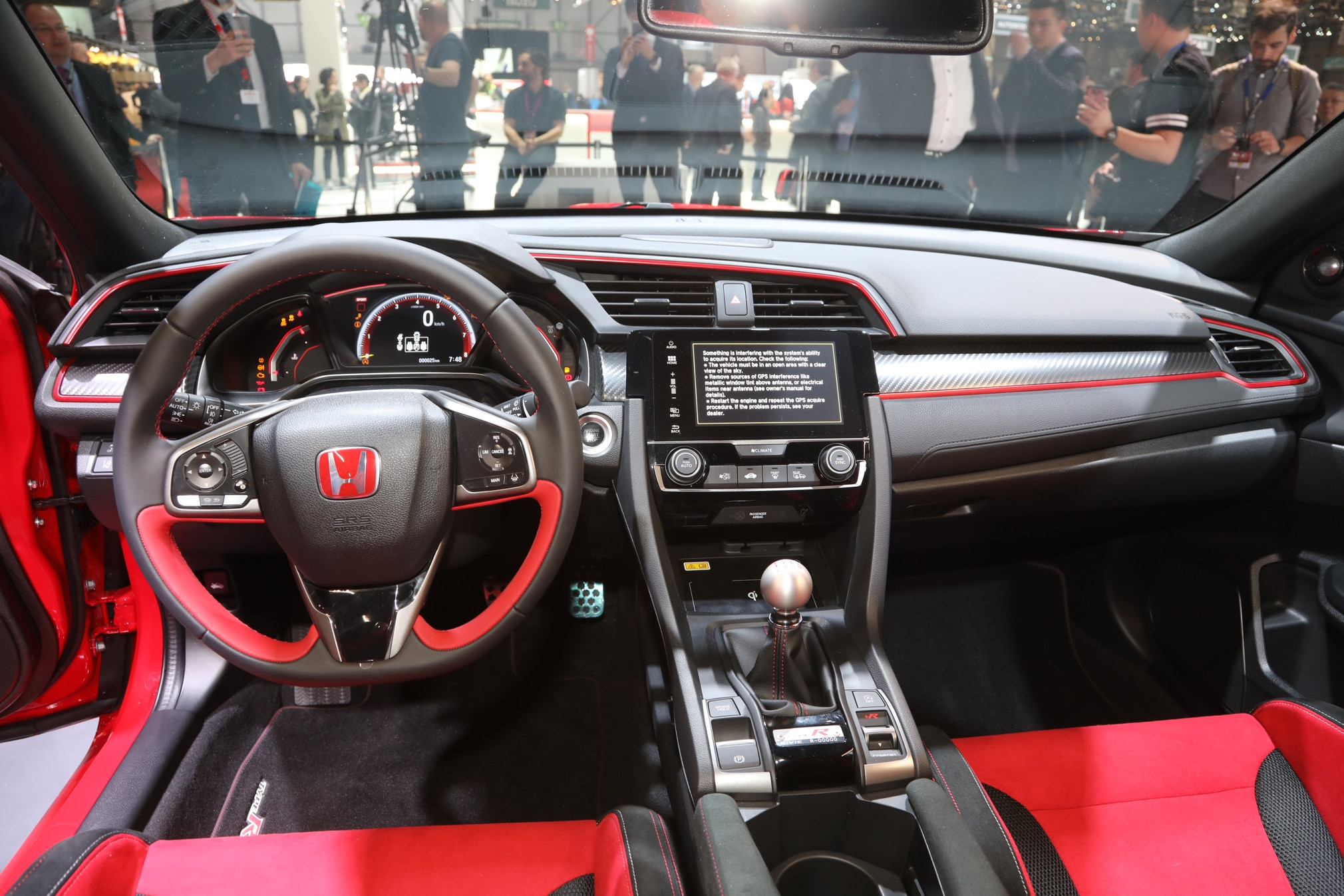 2017 honda civic type r interior 02 1 motor trend en espa ol for Honda civic 9 interieur