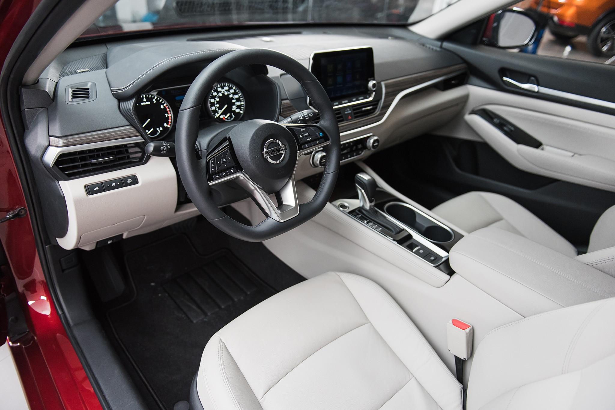 2019 Nissan Altima 13 - Motor Trend en Español