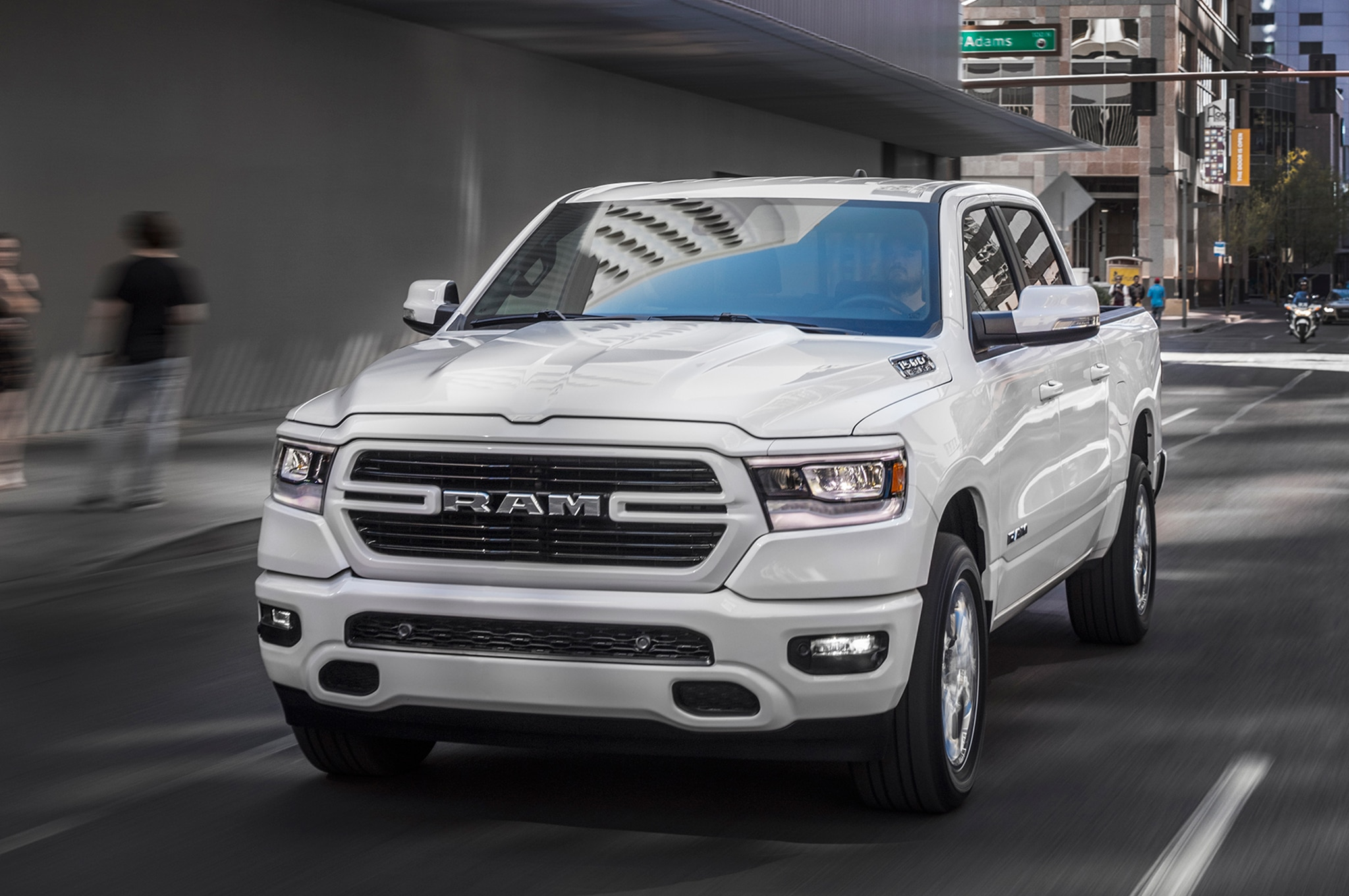 2019 Ram 1500 Big Horn Sport front three quarter in motion ...