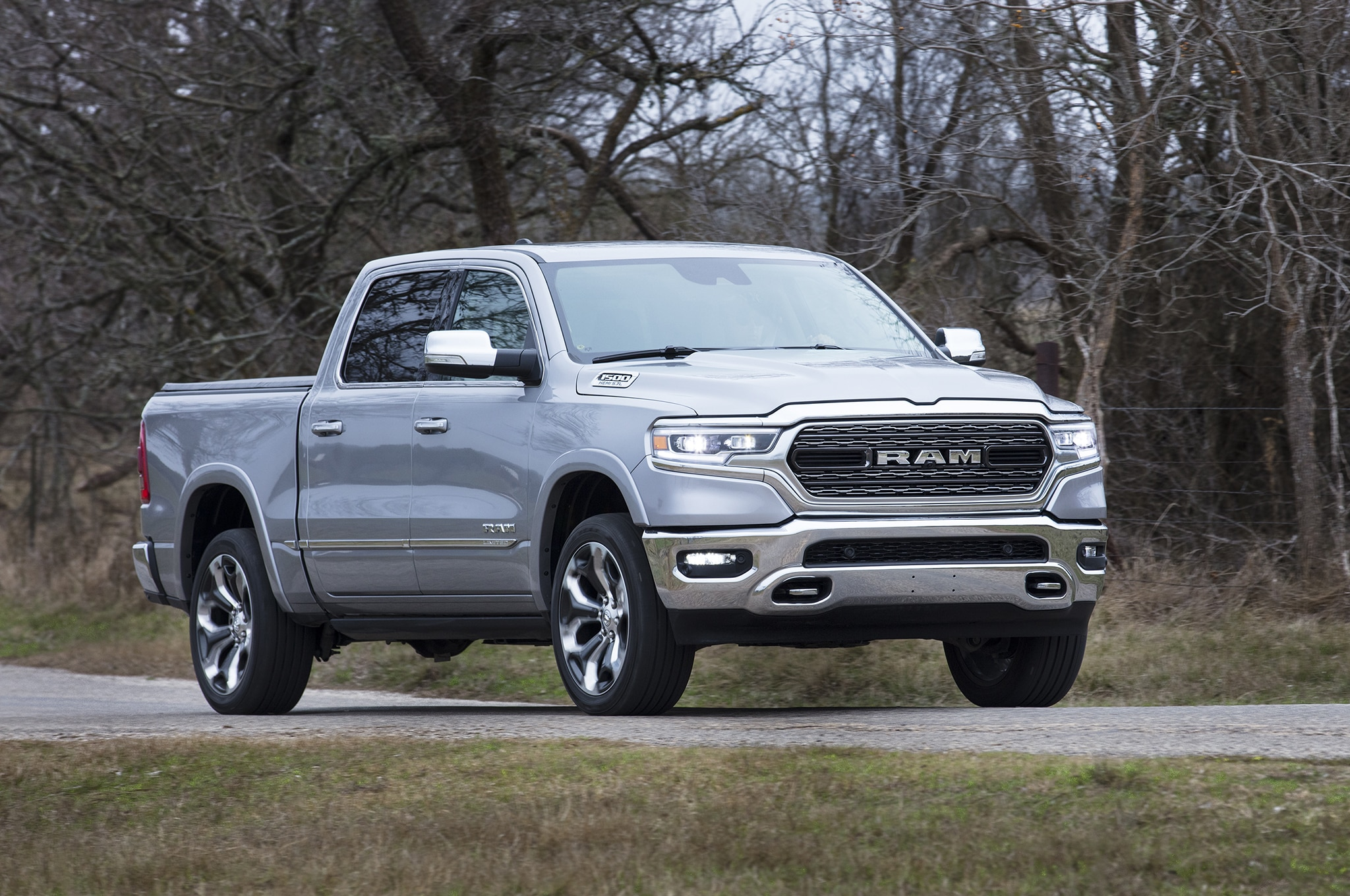 2019 Ram 1500 Limited Front Three Quarter 02