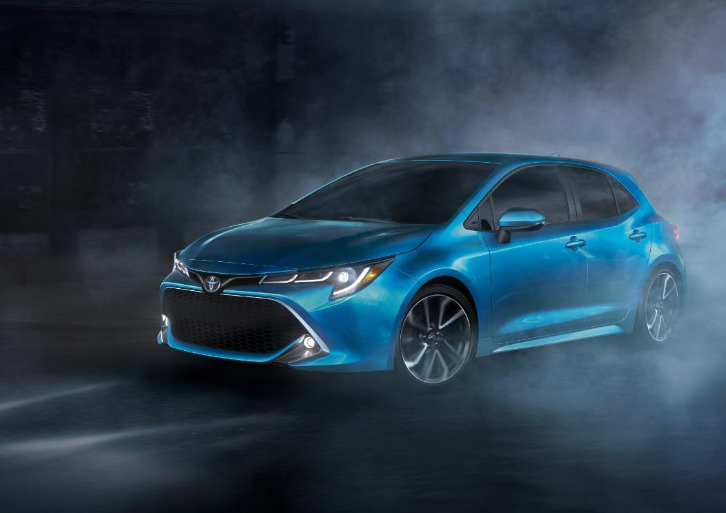 2019_Toyota_Corolla_Hatchback_27