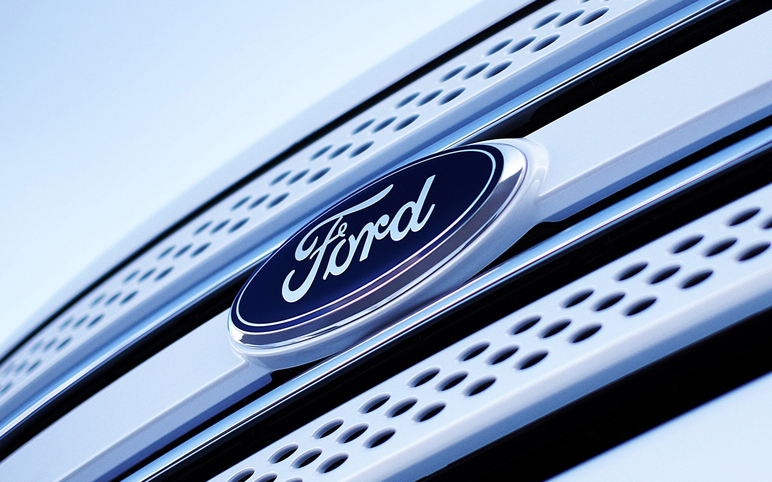 Ford Explorer Logo Front View