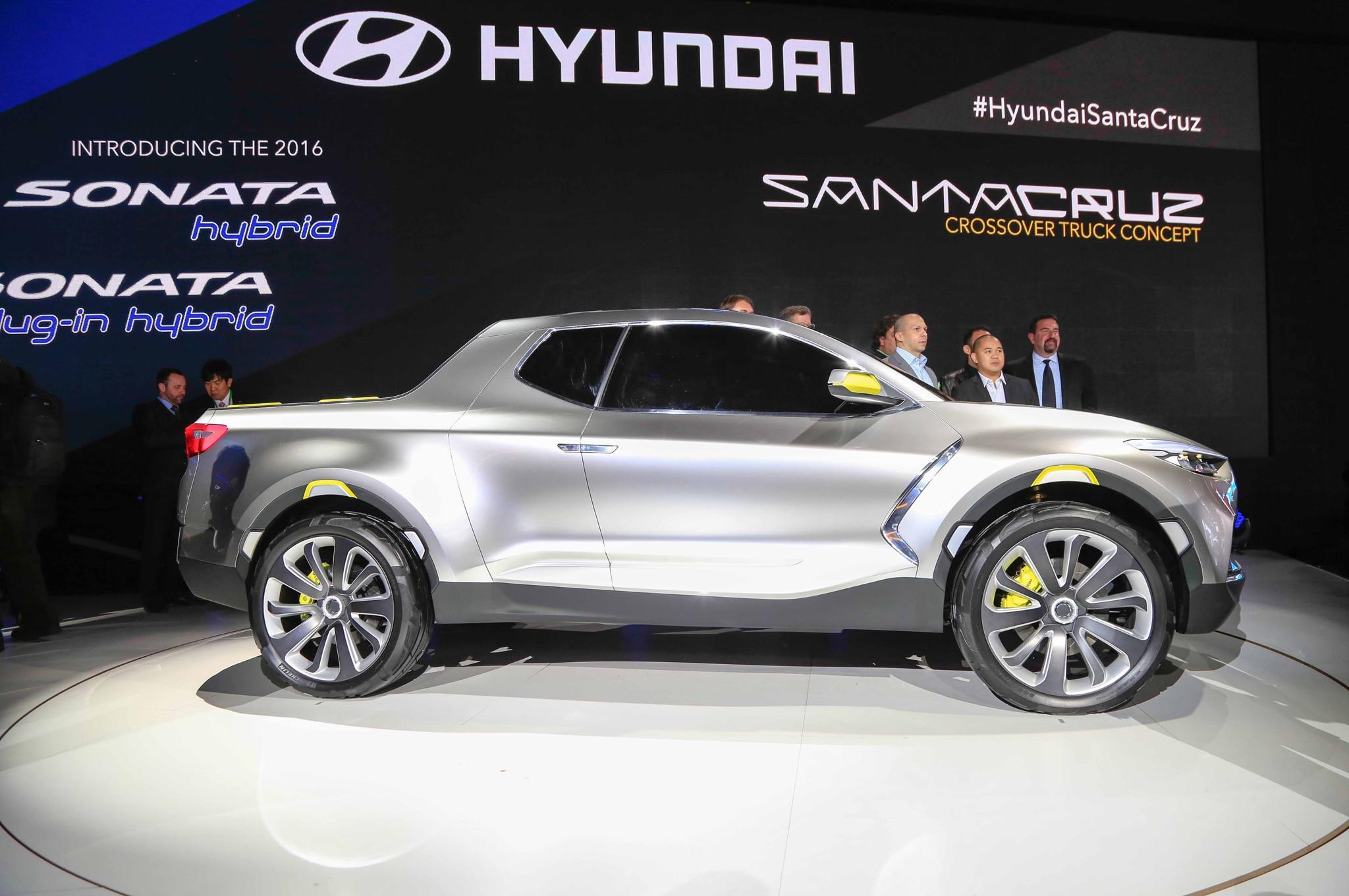Hyundai Santa Cruz Crossover Truck Concept Side Profile