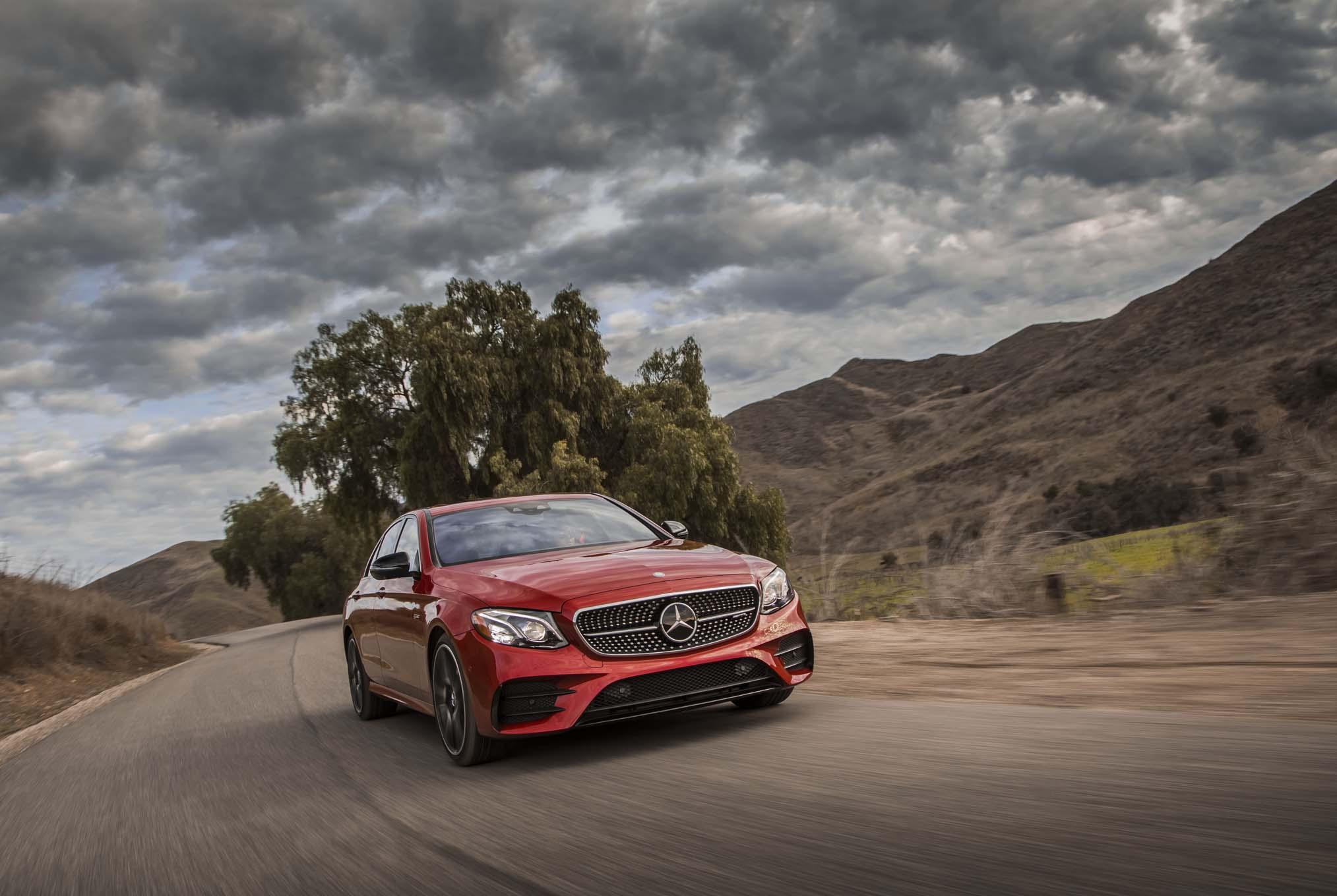 2017 Mercedes AMG E43 sedan front three quarter in motion 08