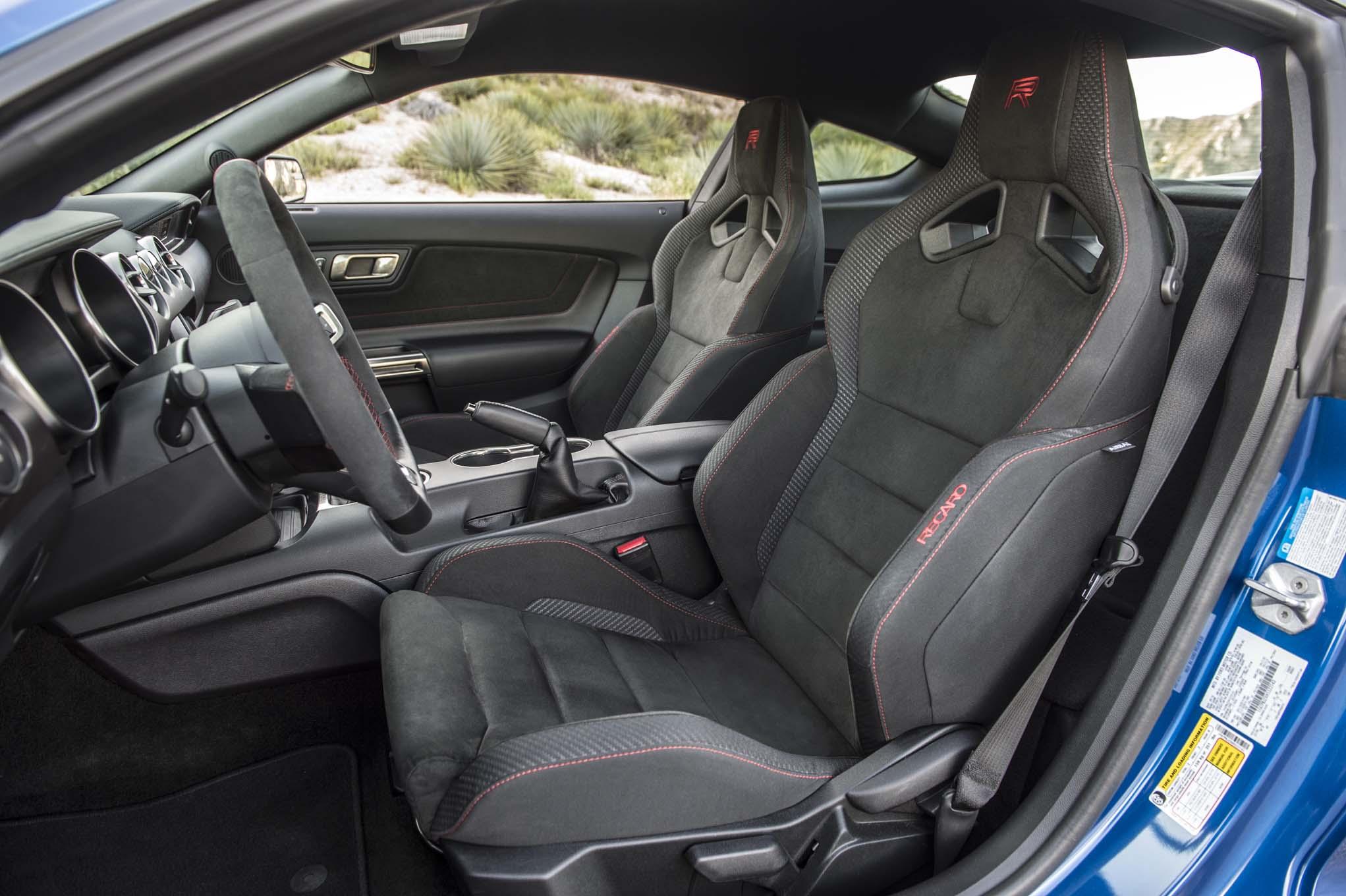 Chevrolet Camaro ZL1 2017 vs. Ford Mustang Shelby GT350R ...