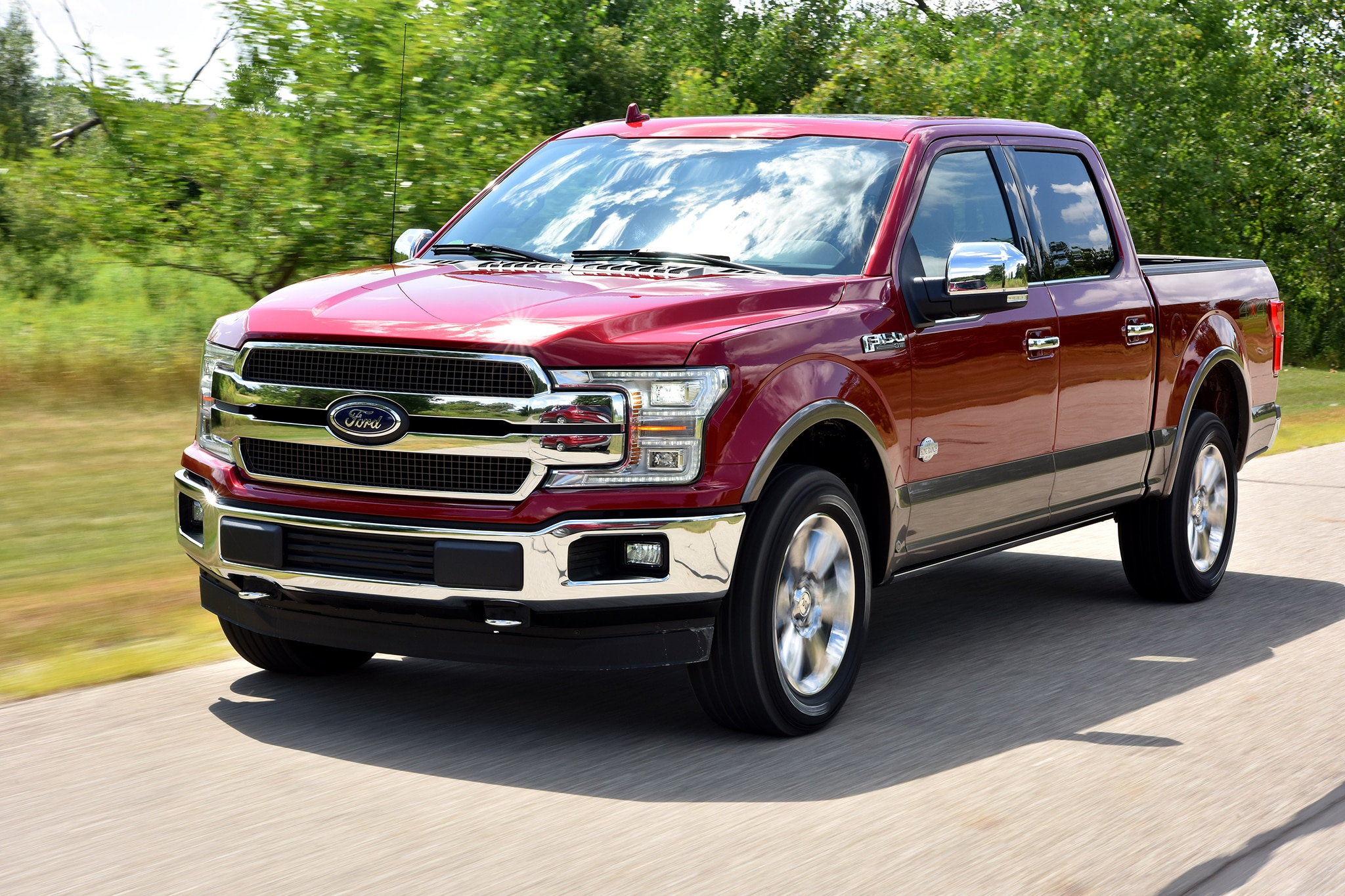 2018 Ford F 150 front three quarter in motion 07 - Motor ...