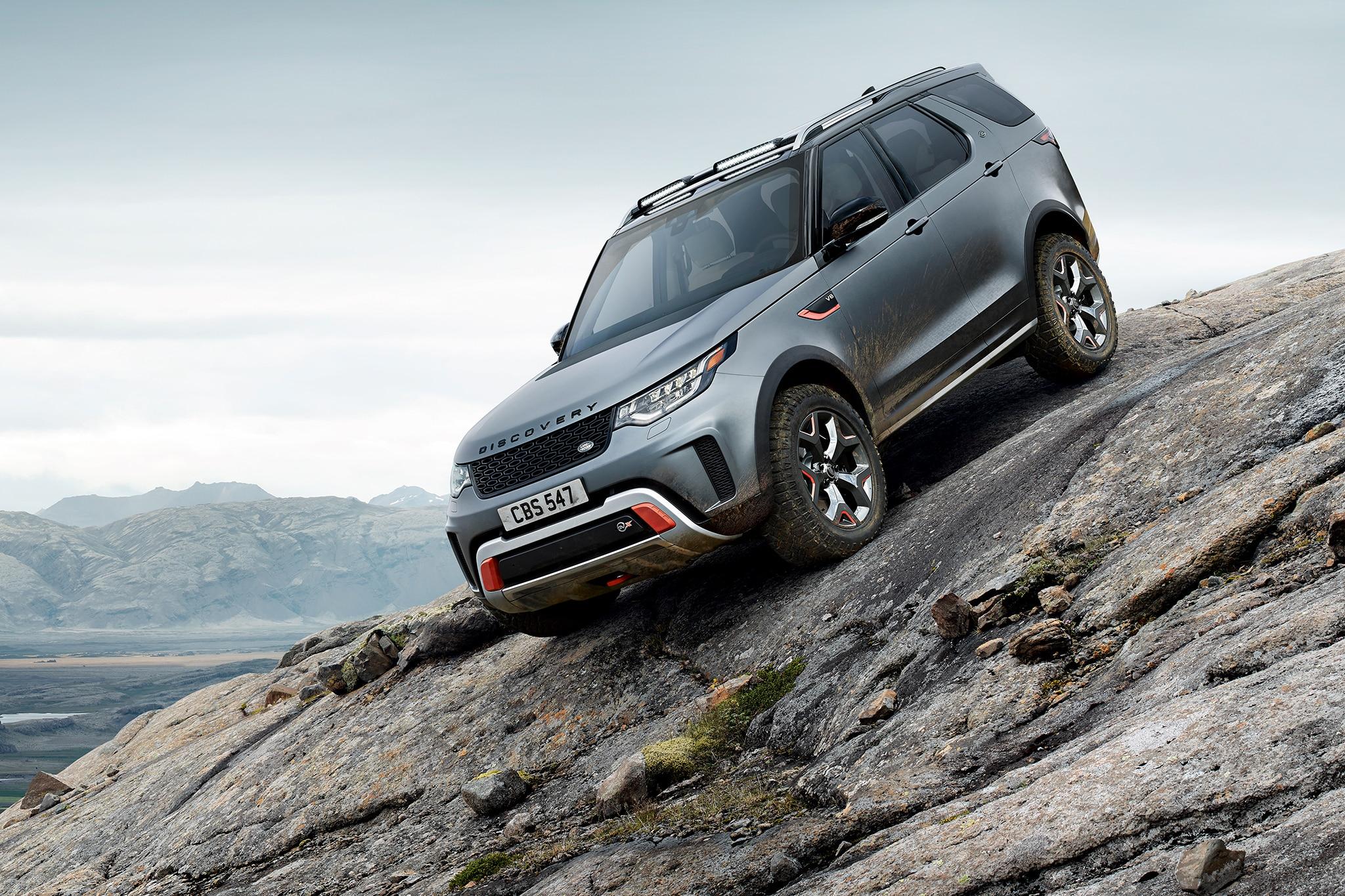 Land Rover Discovery SVX Concept Front Three Quarter 02