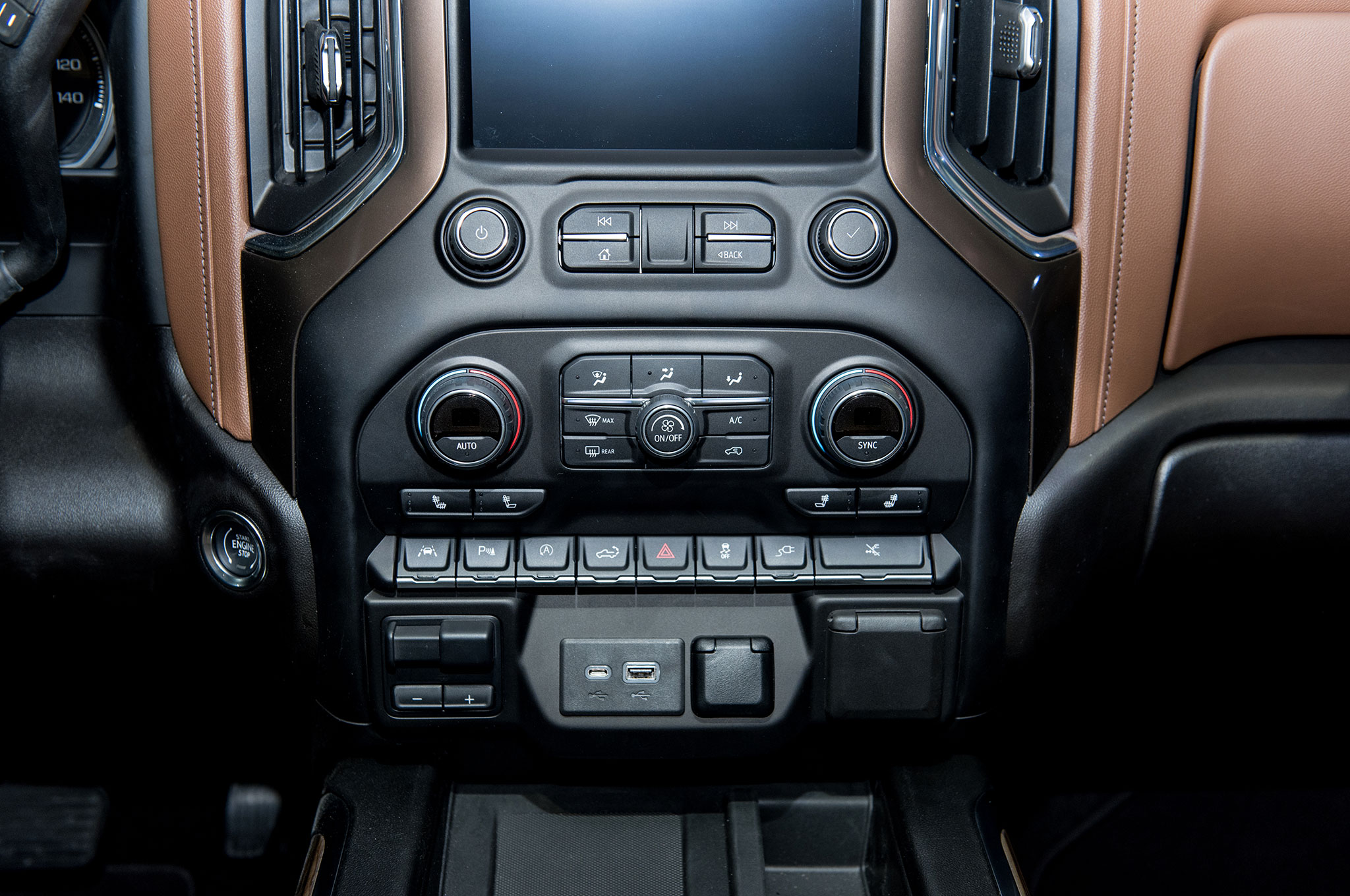 2019 Chevrolet Silverado 1500 High Country Interior Center