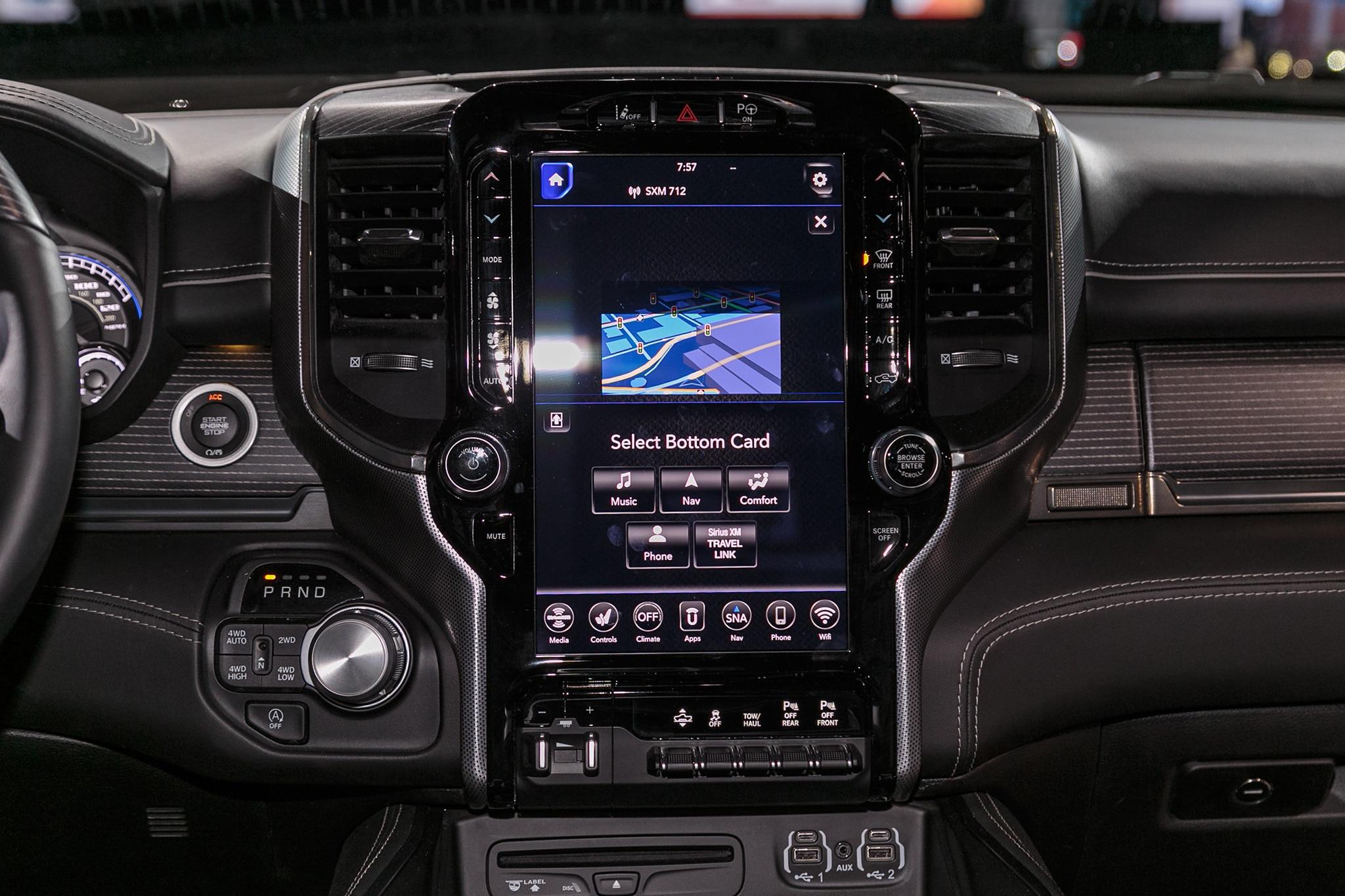 2019 Ram 1500 Limited 08 - Motor Trend en Español