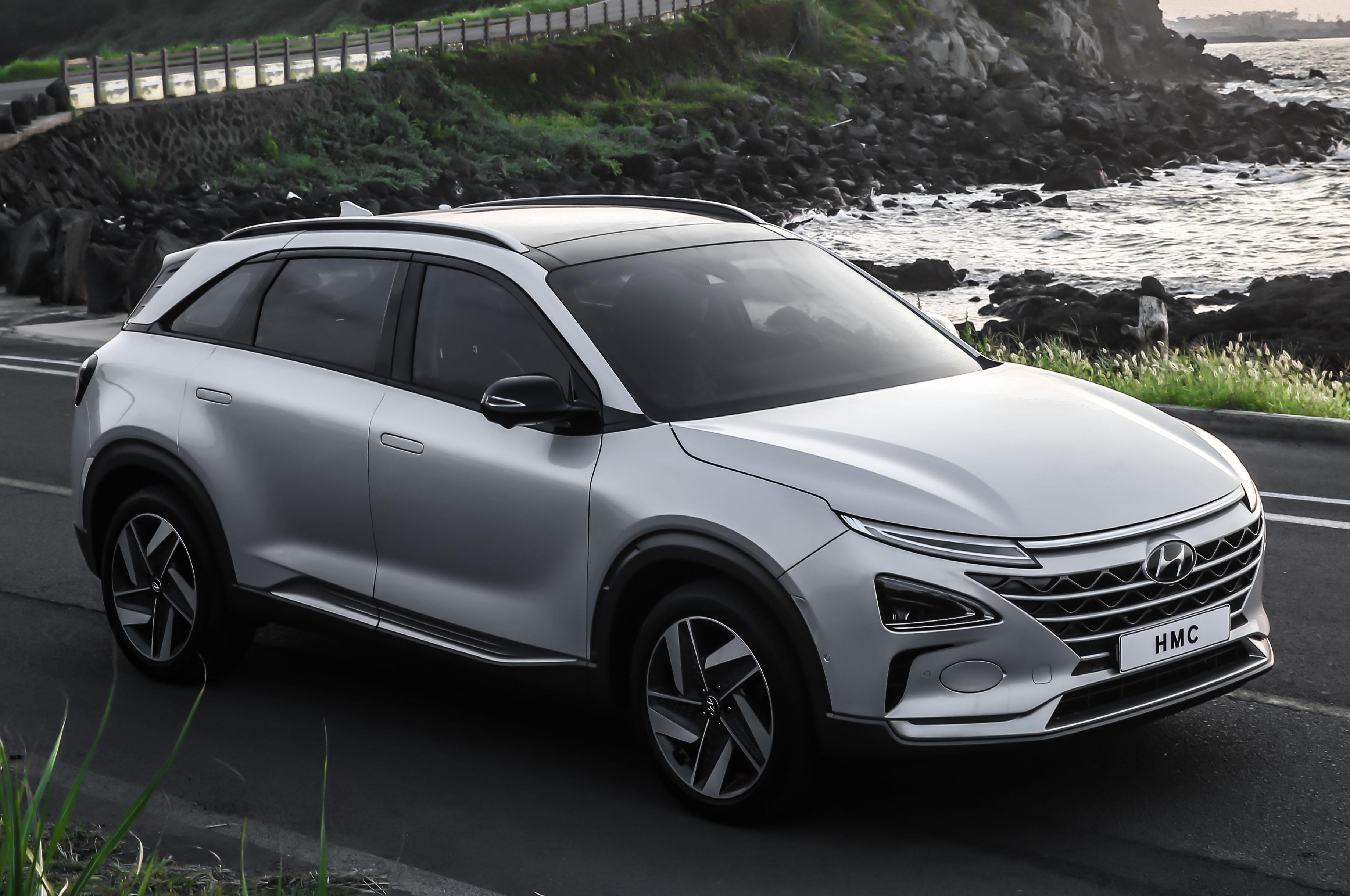 Hyundai Fuel Cell SUV