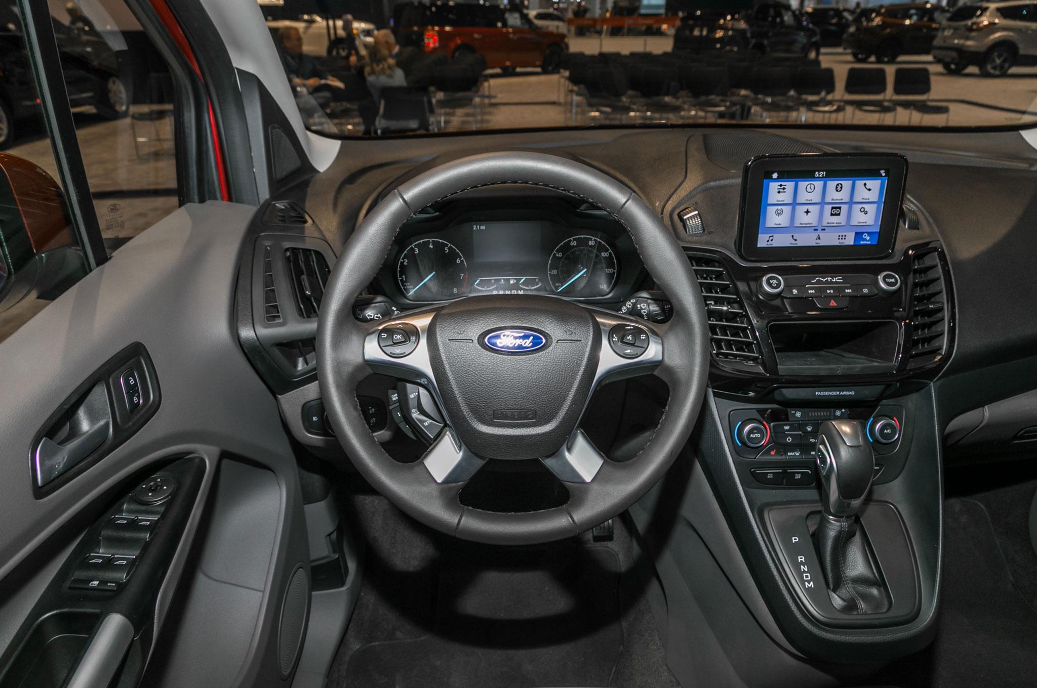 2019 ford transit connect wagon interior motor trend en. Black Bedroom Furniture Sets. Home Design Ideas