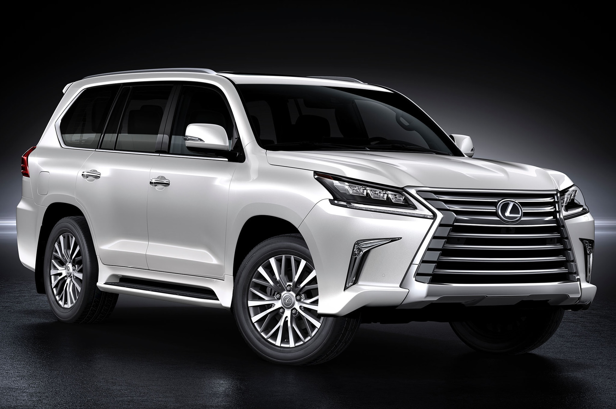 2016 Lexus LX570 Reviews and Rating | Motor Trend